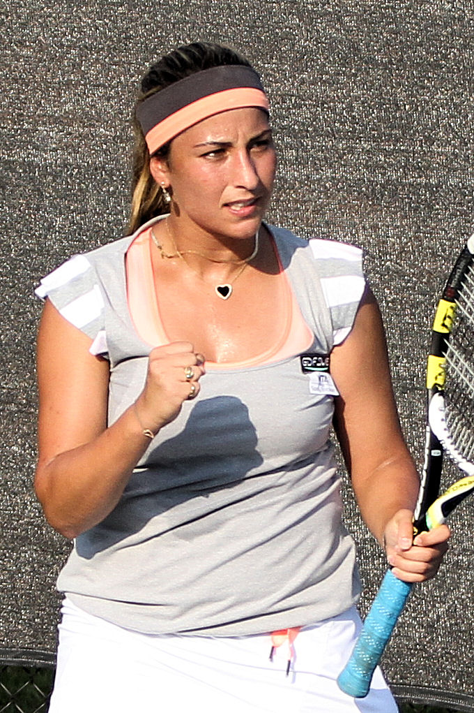 Aravane Rezai at 2011 Texas Tennis Open.jpg