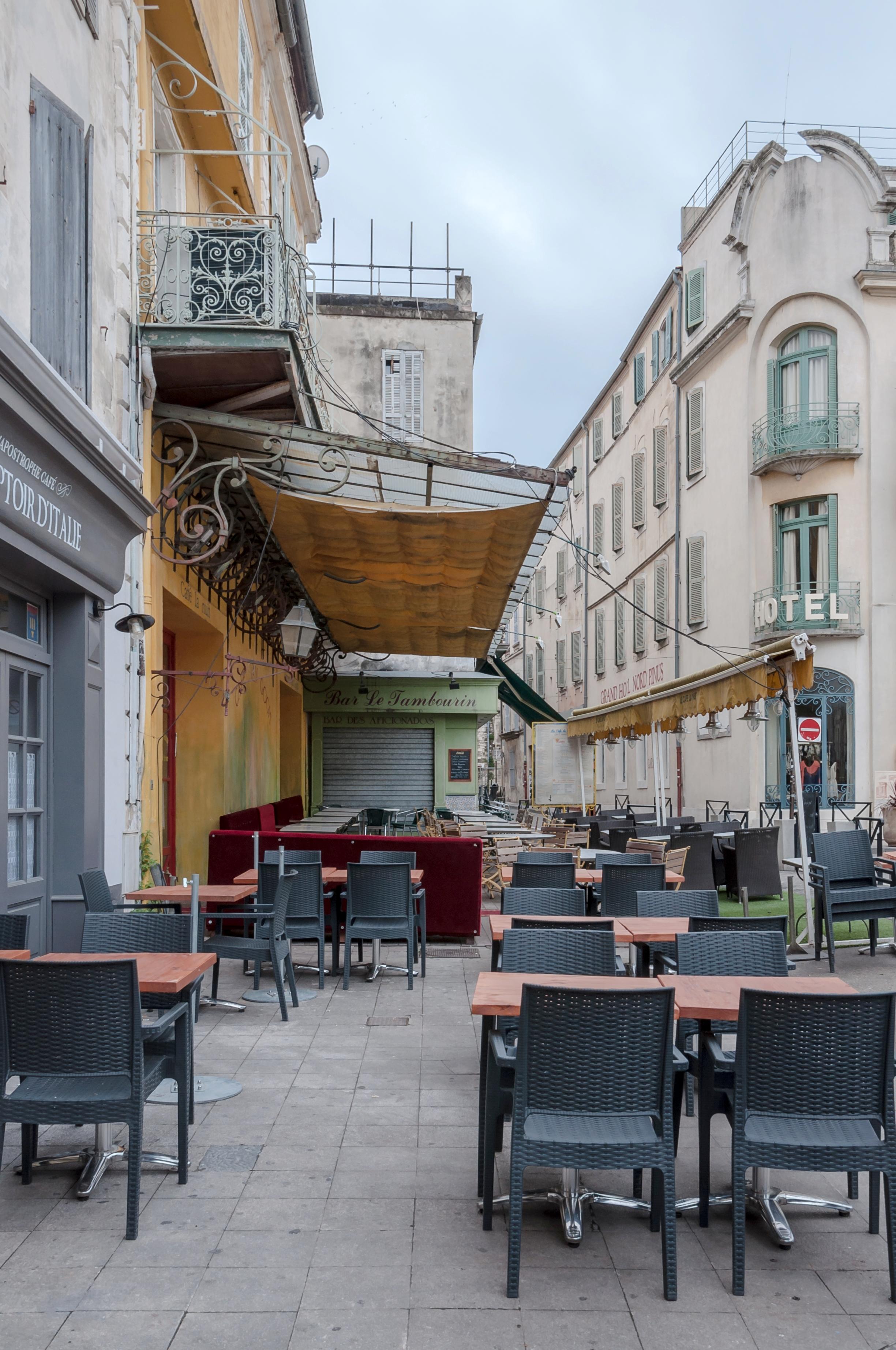 Caf Ef Bf Bd Place Du Forez Lyon