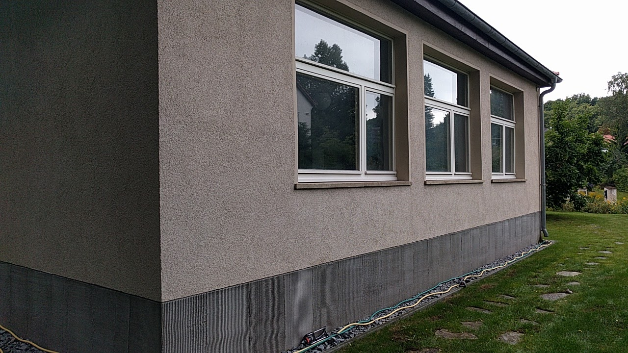 File:Atelier außen Max-Lingner-Haus.jpg - Wikimedia Commons