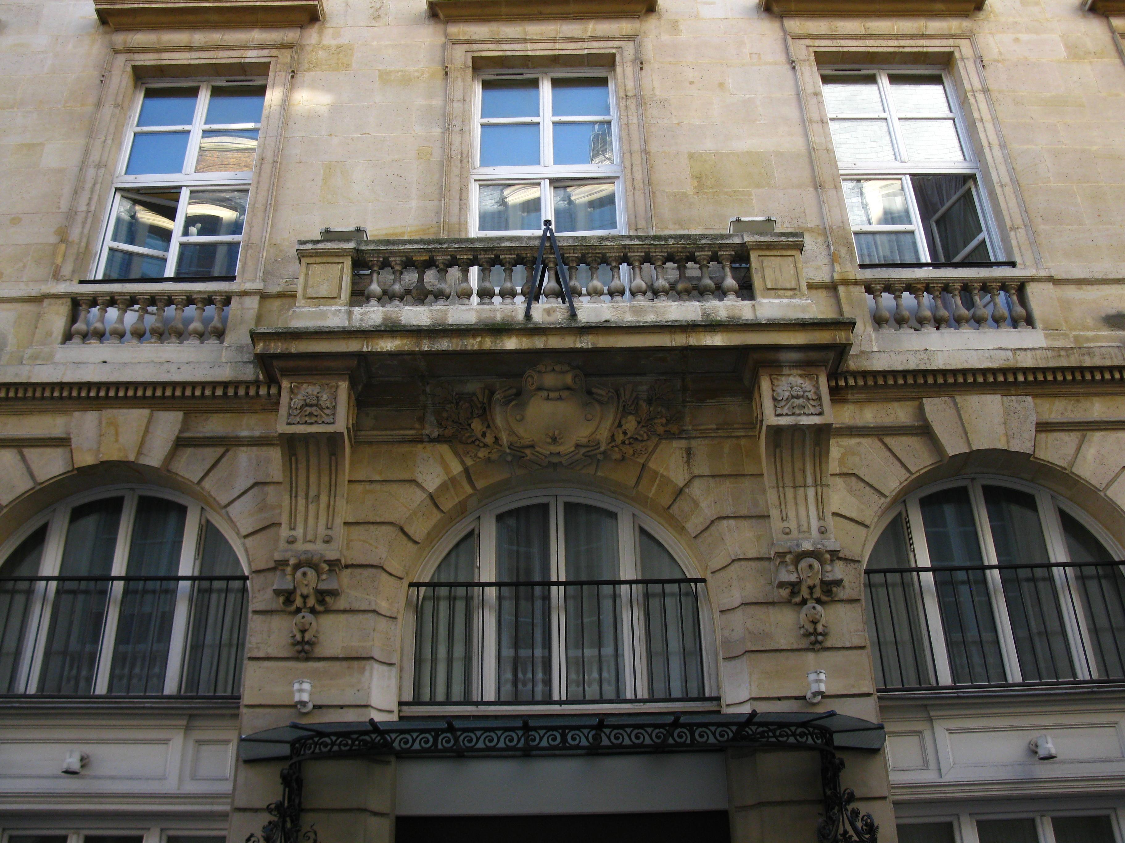 File balcon 4 rue de wikimedia commons for Balcon in english
