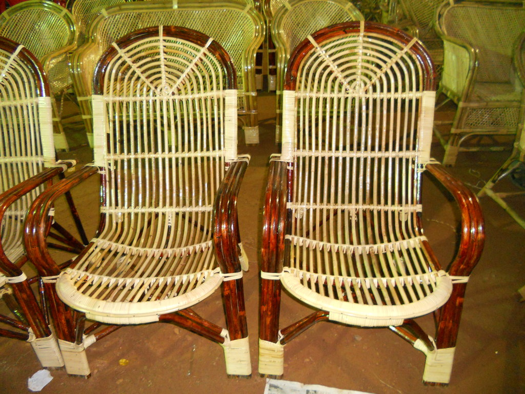 File:Bamboo cane furniture2.jpg - Wikimedia Commons