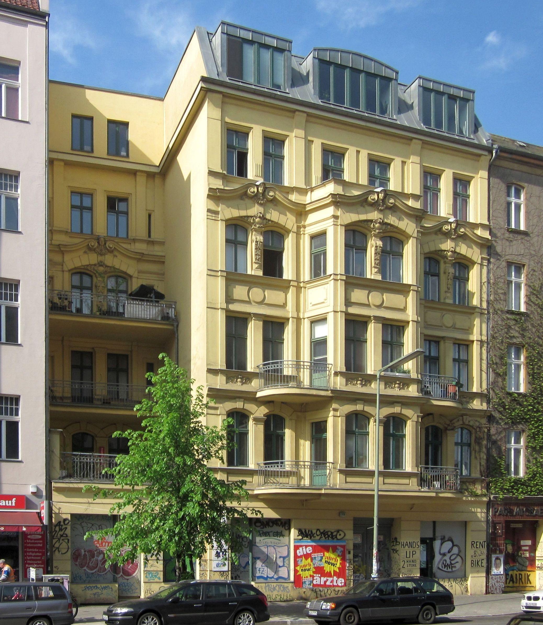 file berlin kreuzberg schlesische strasse 19 wikimedia commons. Black Bedroom Furniture Sets. Home Design Ideas