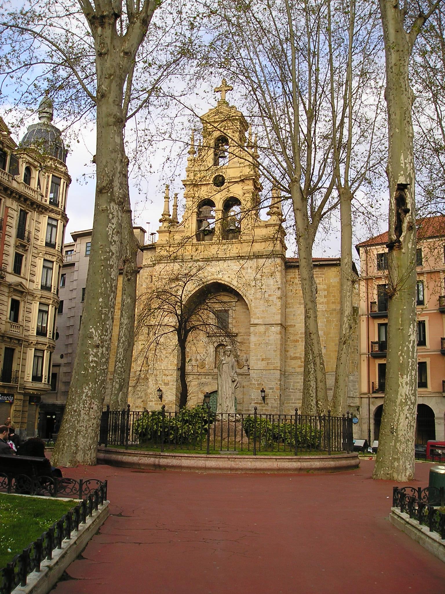 File Bilbao San Vicente De Abando Bell Gables Jpg Wikimedia Commons