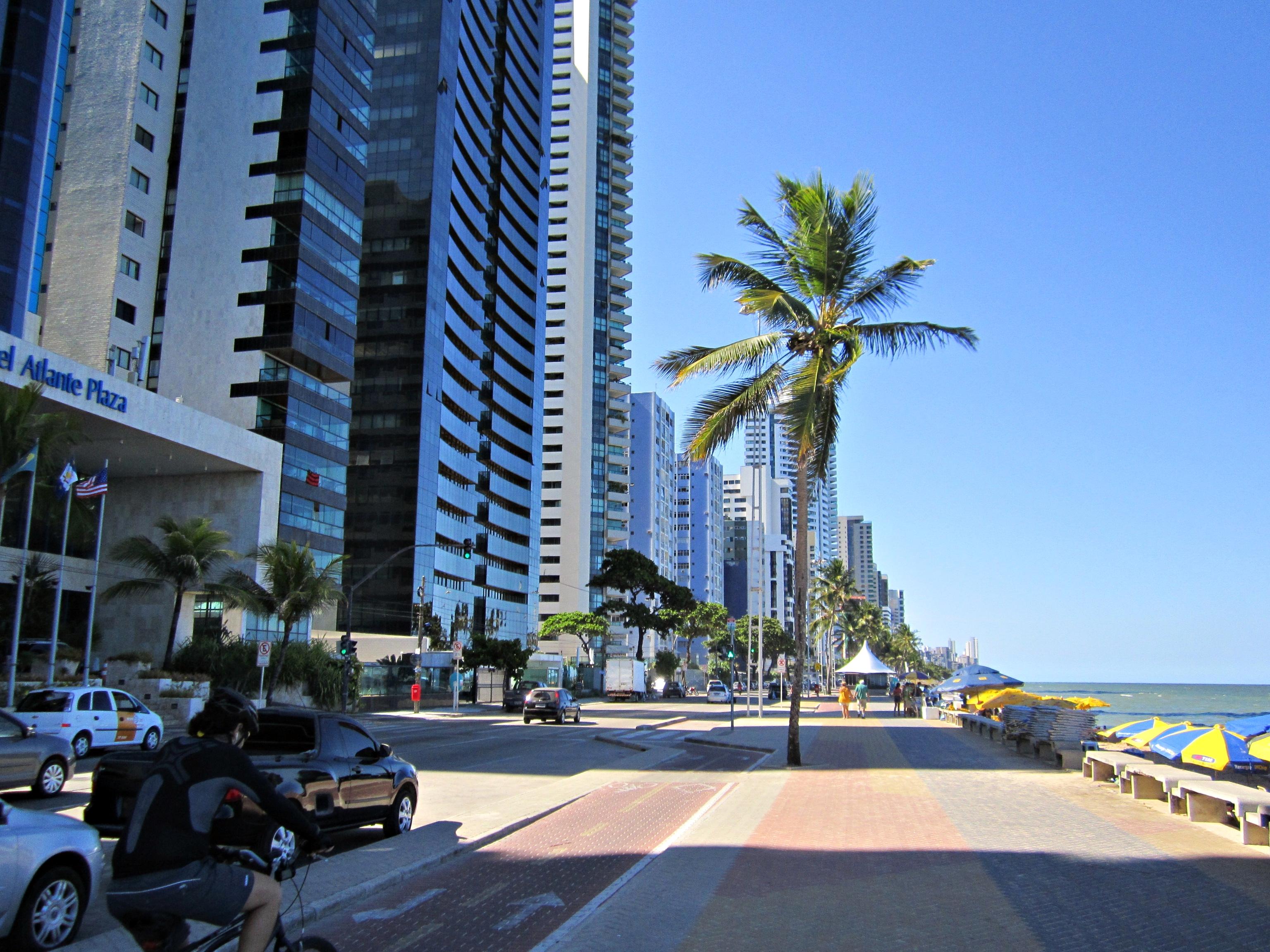 Populares Ficheiro:Calçadão e ciclovia da Praia de Boa Viagem - Recife  LM02