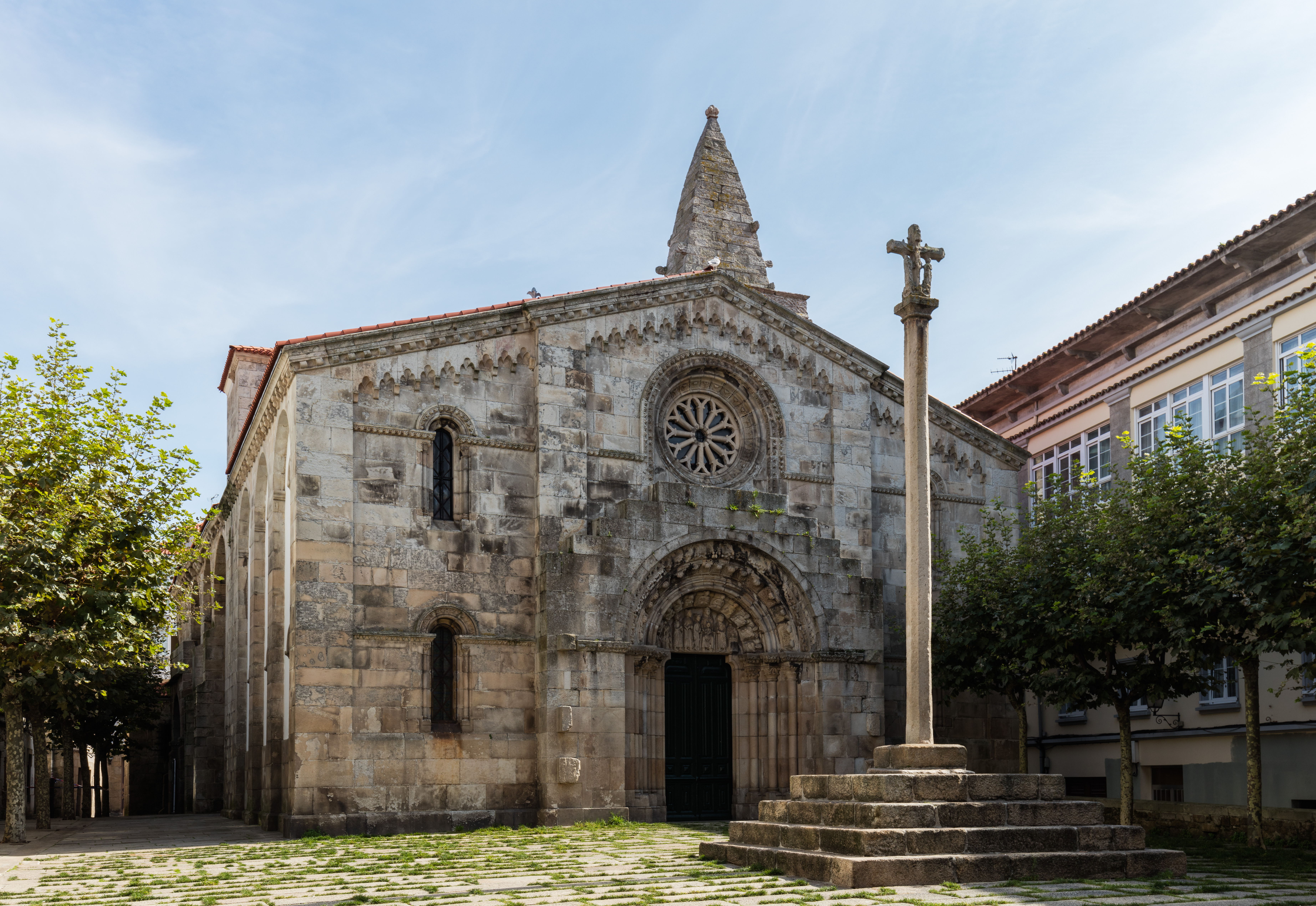 File Colegiata De Santa María Del Campo La Coruña España 2015 09 25 Dd 41 Jpg Wikimedia Commons