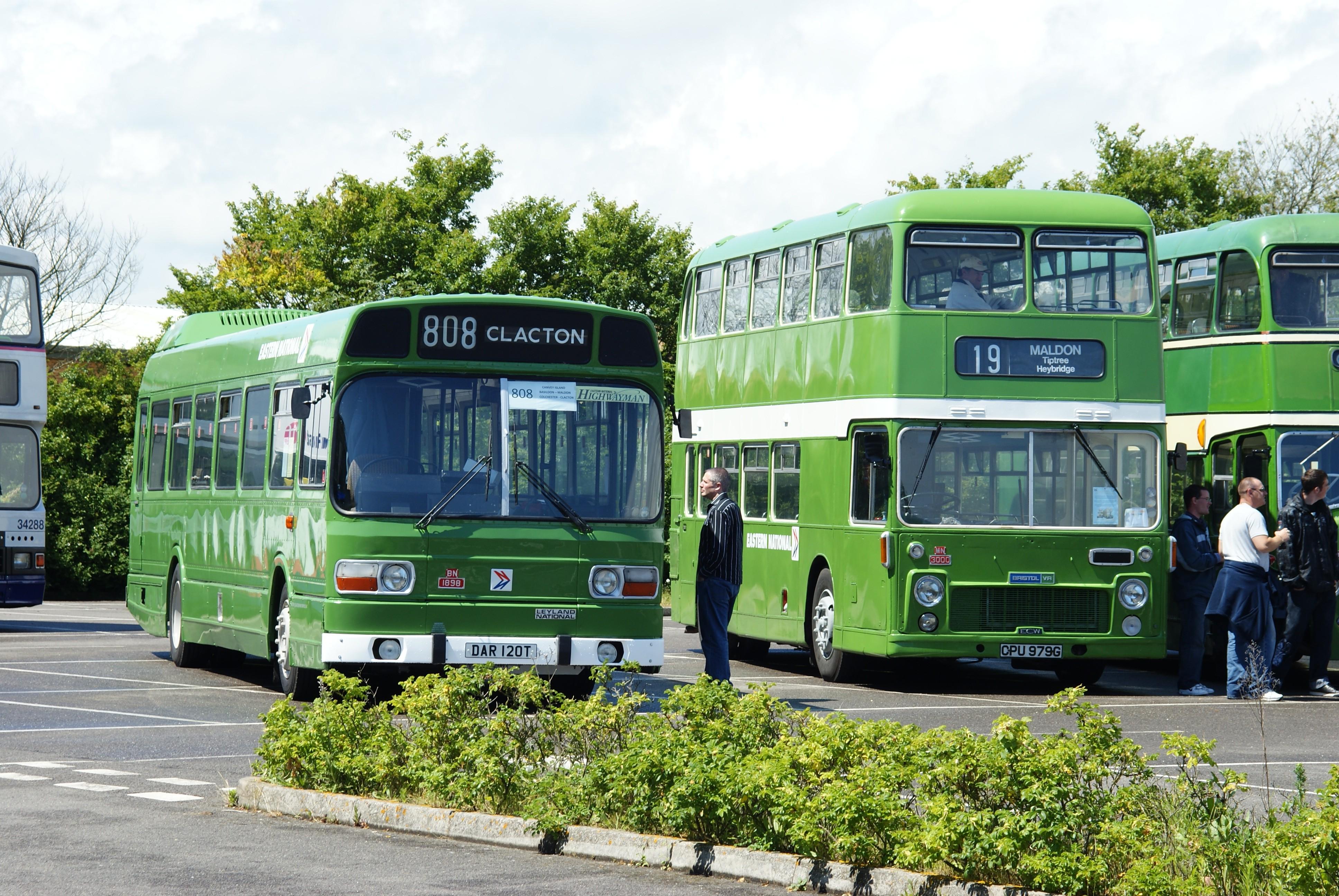 File Eastern National Buses 1898  Dar 120t   U0026 3000  Cpu 979g   2009 Clacton Bus Rally Jpg