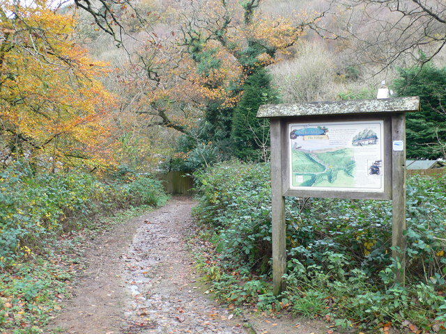 Footpath to Buck's Mills - geograph.org.uk - 1595993