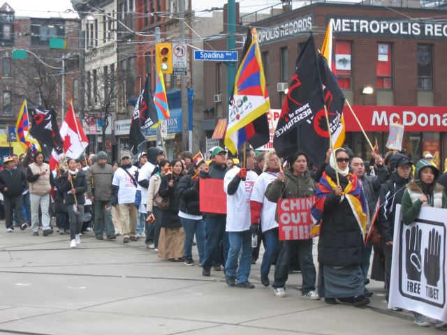 File:Freeing Tibet at Queen and Spadina.jpg