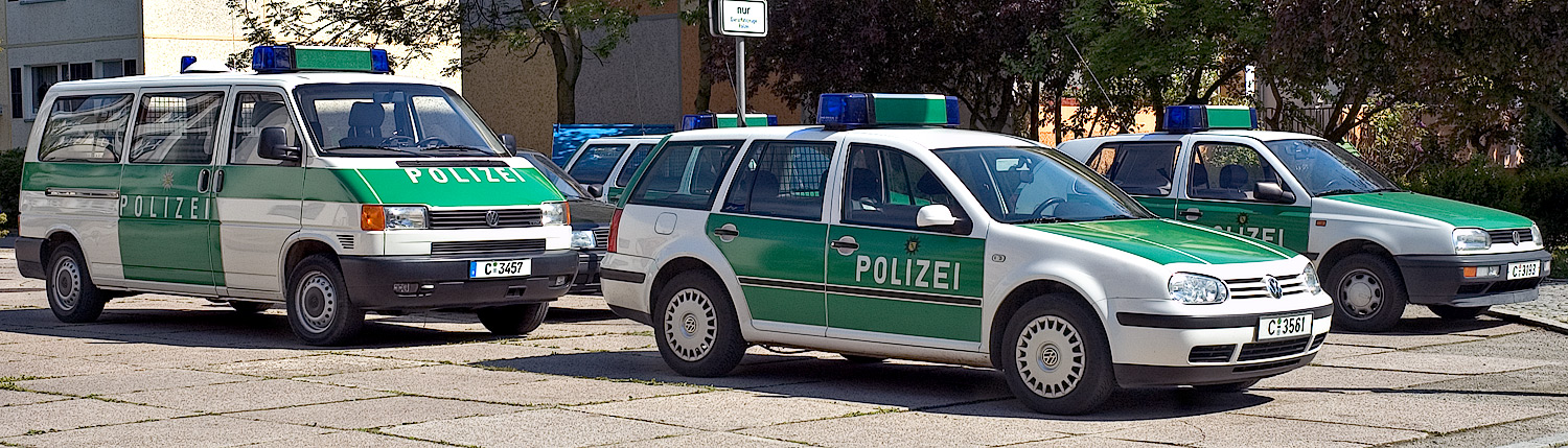 File German Police Cars Aka Jpg Wikimedia Commons