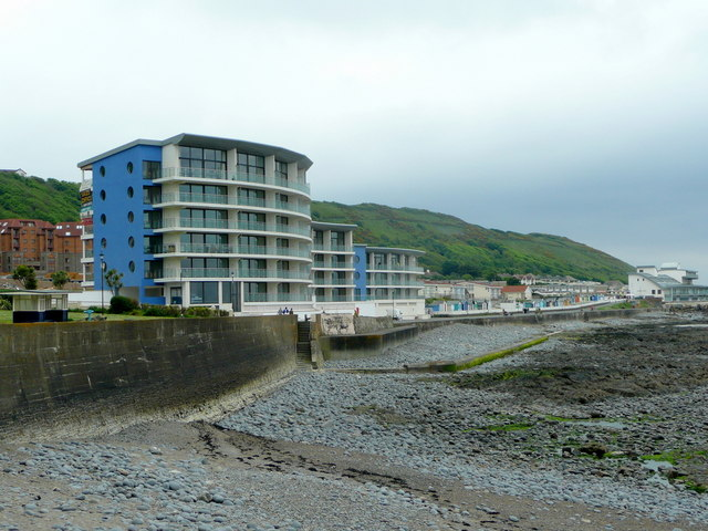 File Holiday Apartments Westward Ho Geograph Org Uk 1302630 Jpg Wikimedia Commons