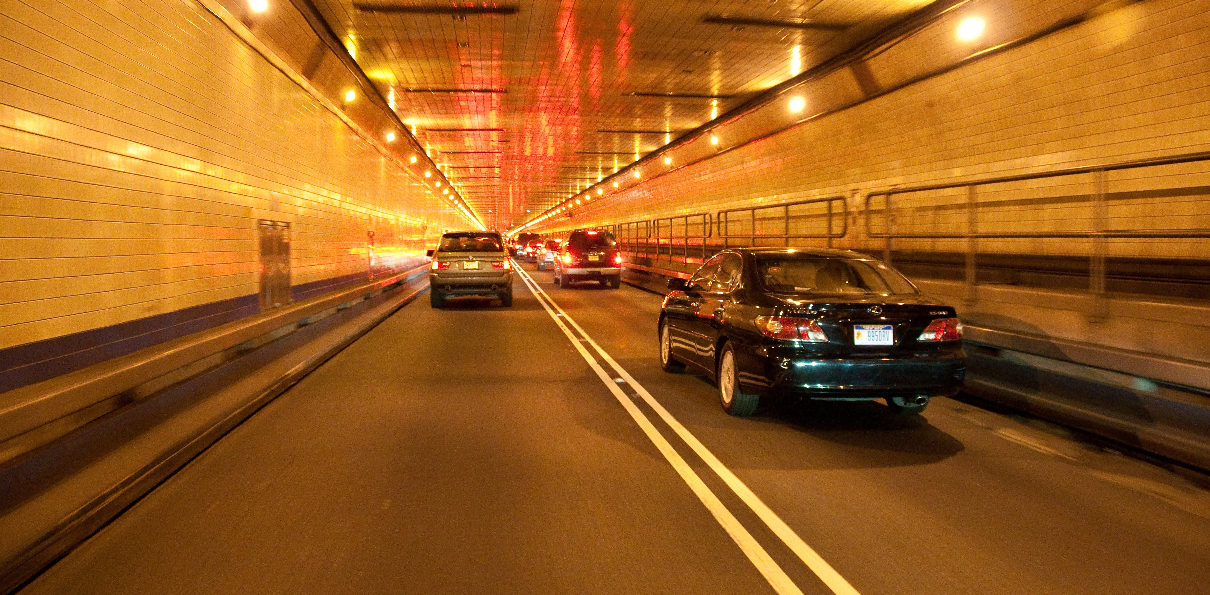 File Inside Lincoln Tunnel Jpg Wikimedia Commons