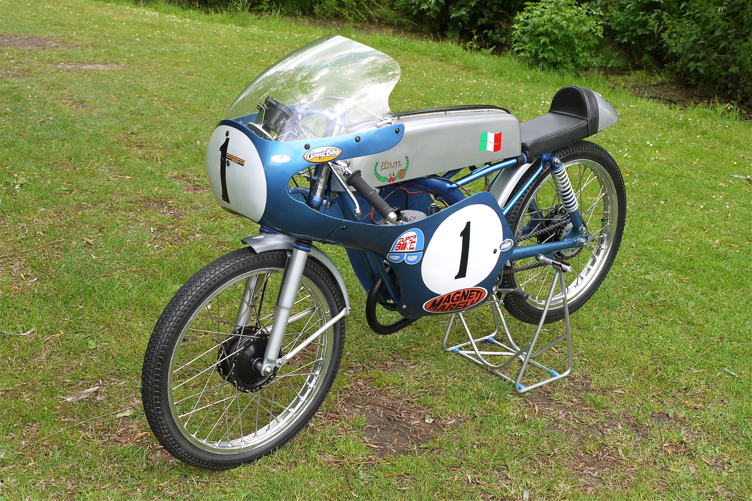 Description itom 50cc racing motorcycle