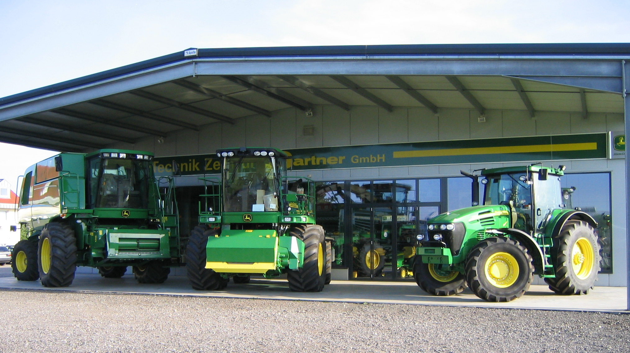 deere and company Deere& company (usually known by its brand name john deere) is an american corporation based in moline, illinois, and the leading manufacturer of agricultural machinery in the world.