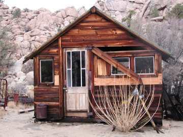 File:Keys Ranch guest house.jpg