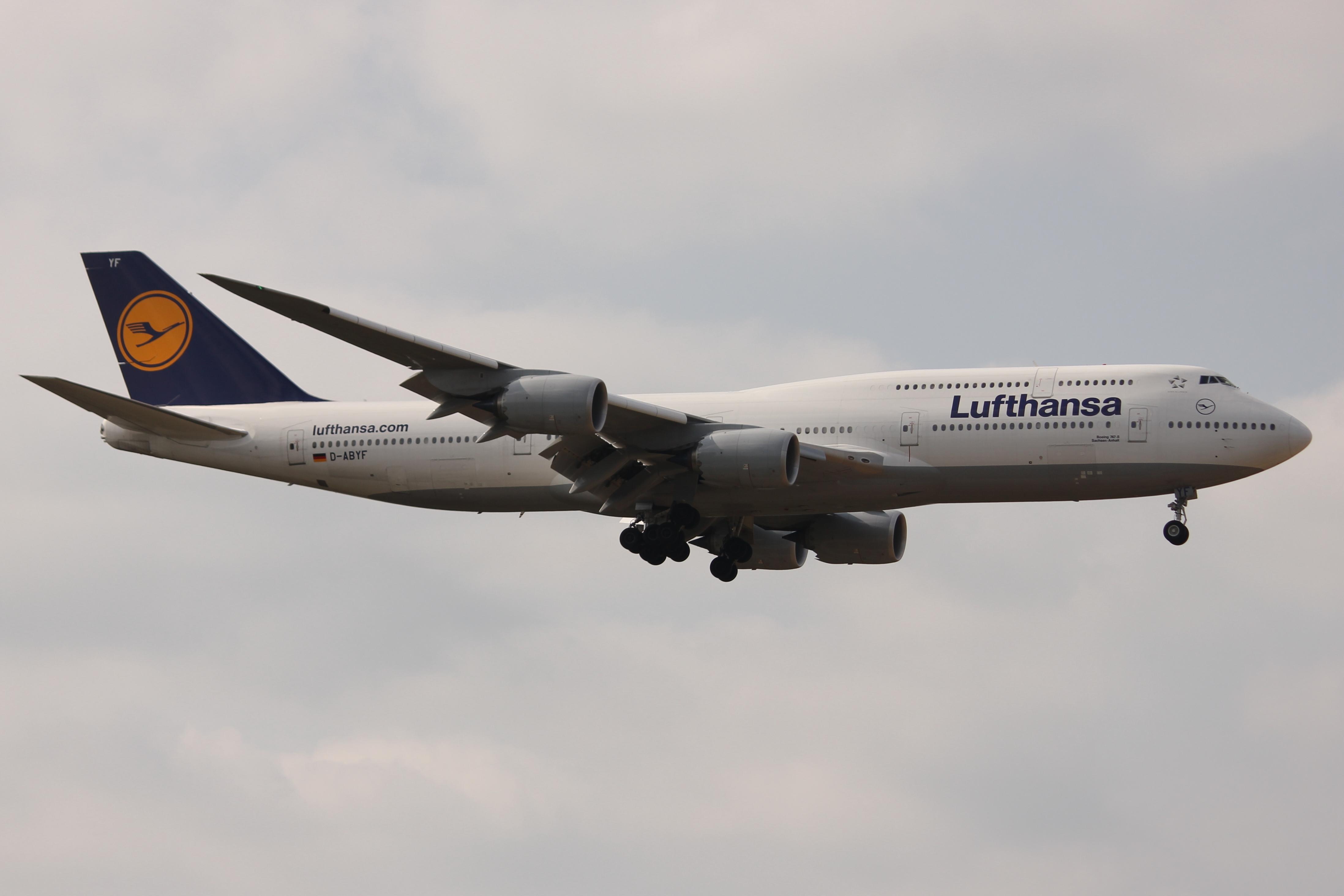 File:Lufthansa 748 D-ABYF.JPG