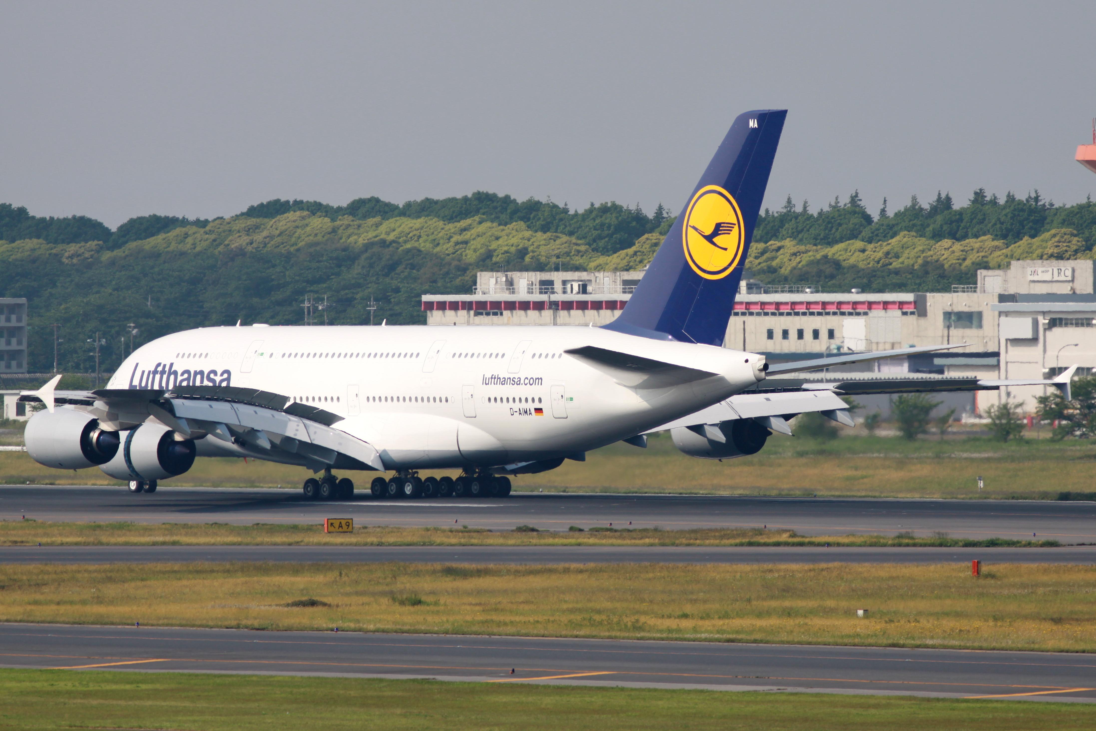 FileLufthansa A380 800D AIMA 4692239502jpg