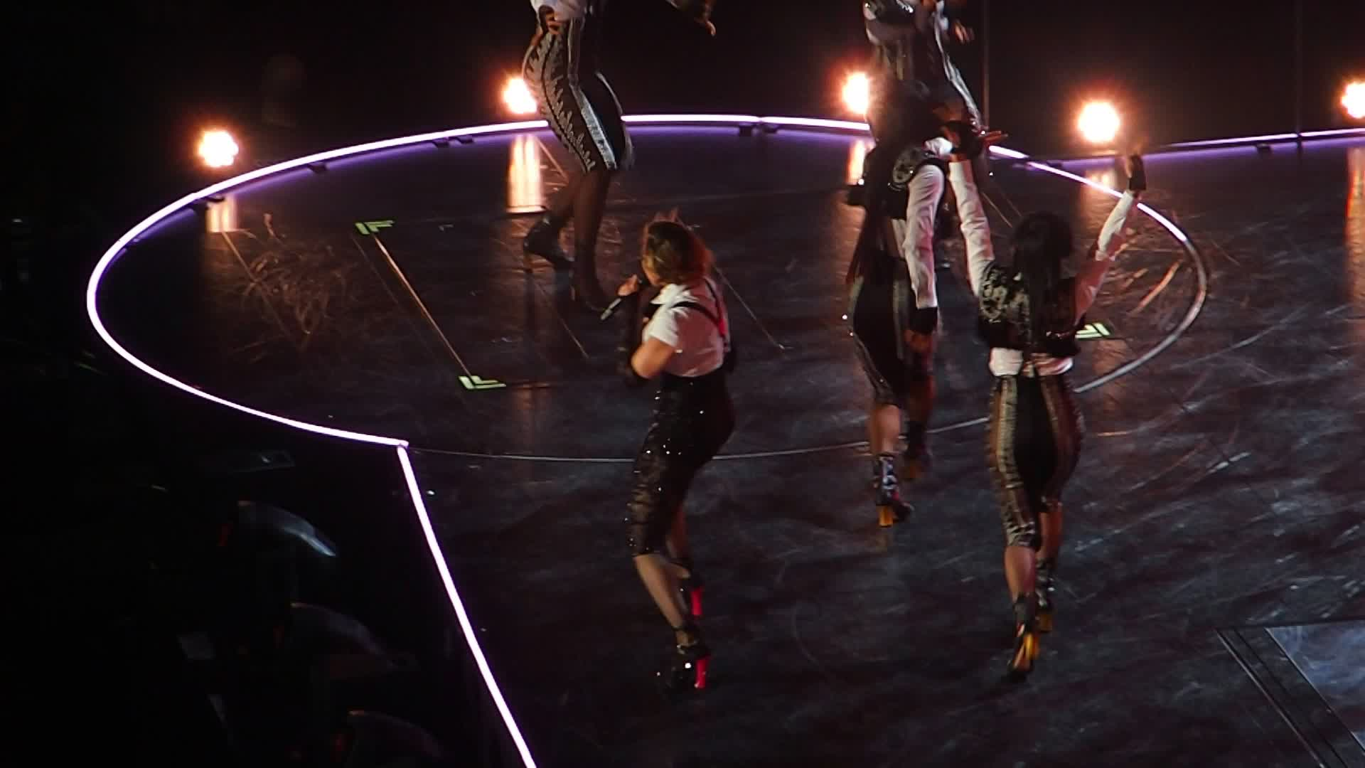 File:Madonna, Rebel Heart Tour, La Isla Bonita, Bell Center