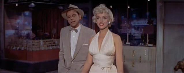 File:Marilyn Monroe - Abito bianco.jpg - Wikipedia