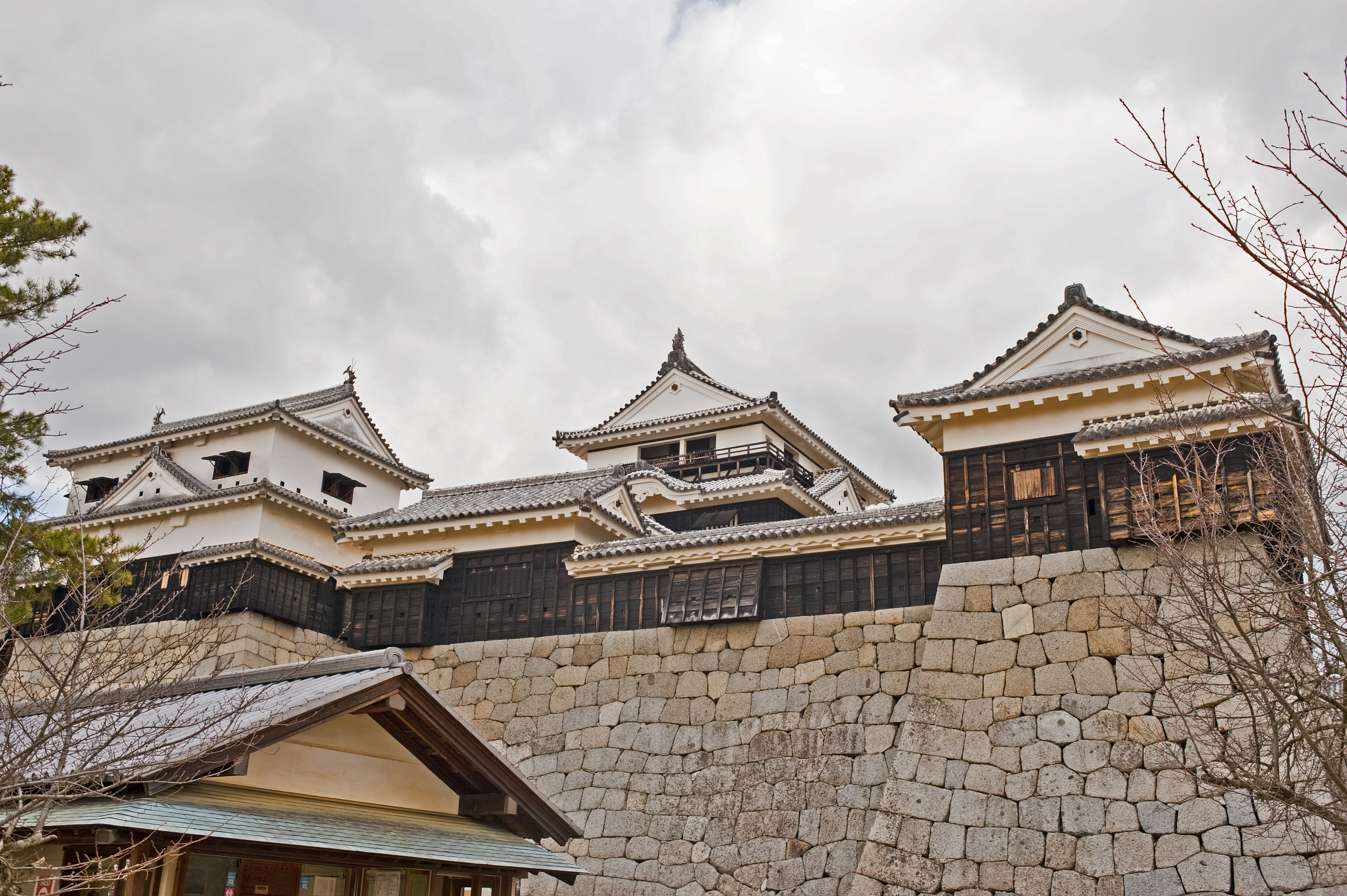 Iyomatsuyama Castle