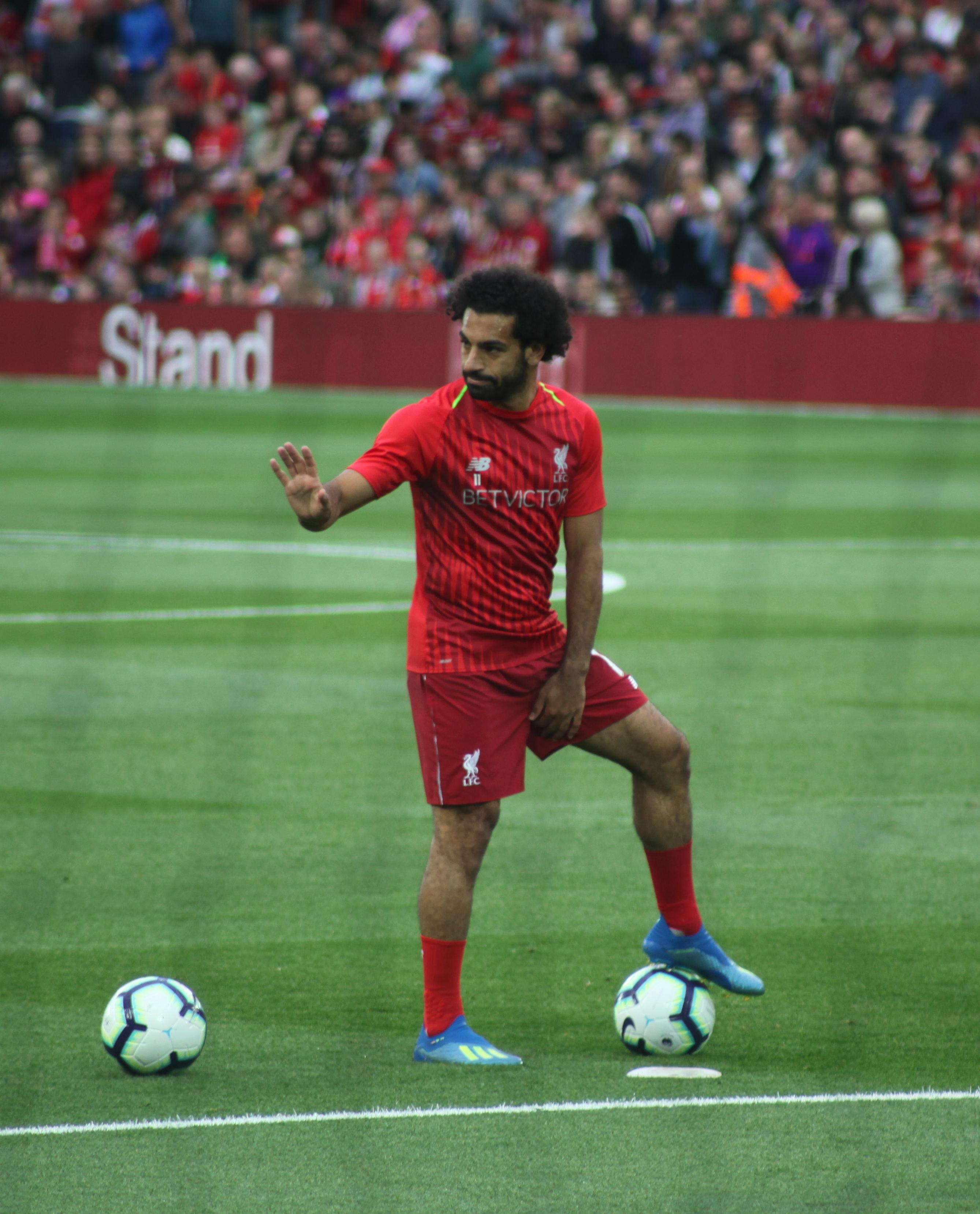 صلاح يقترب من صدارة هدافي الدوري الإنجليزي