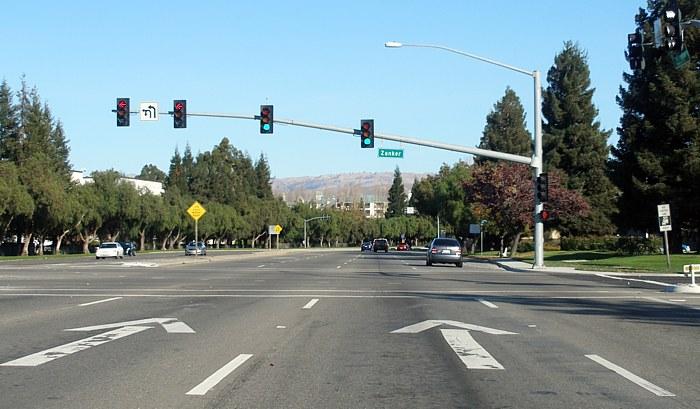 California CR G4 (Montague Expressway)