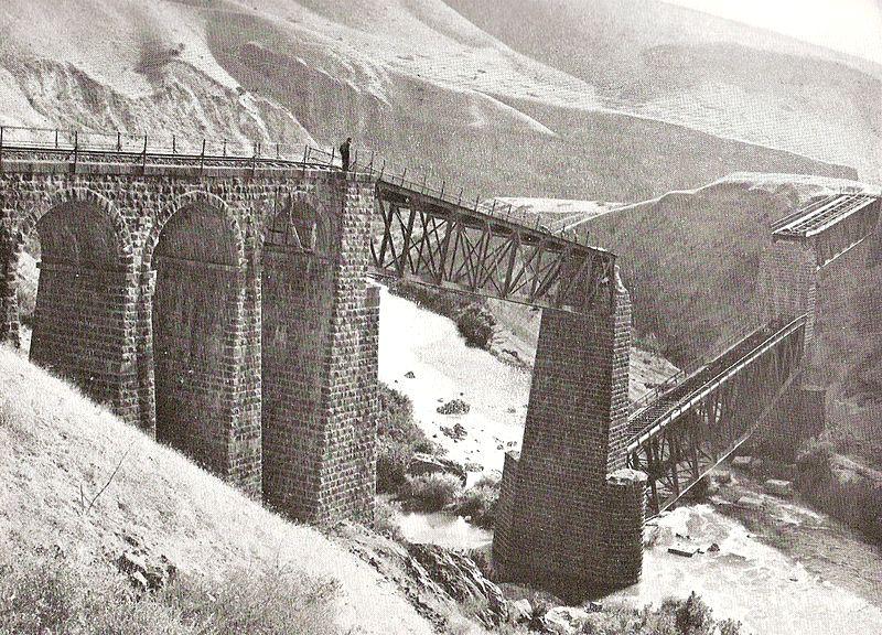 PalestineRailways-1946-sabotage-YarmukBridge-1