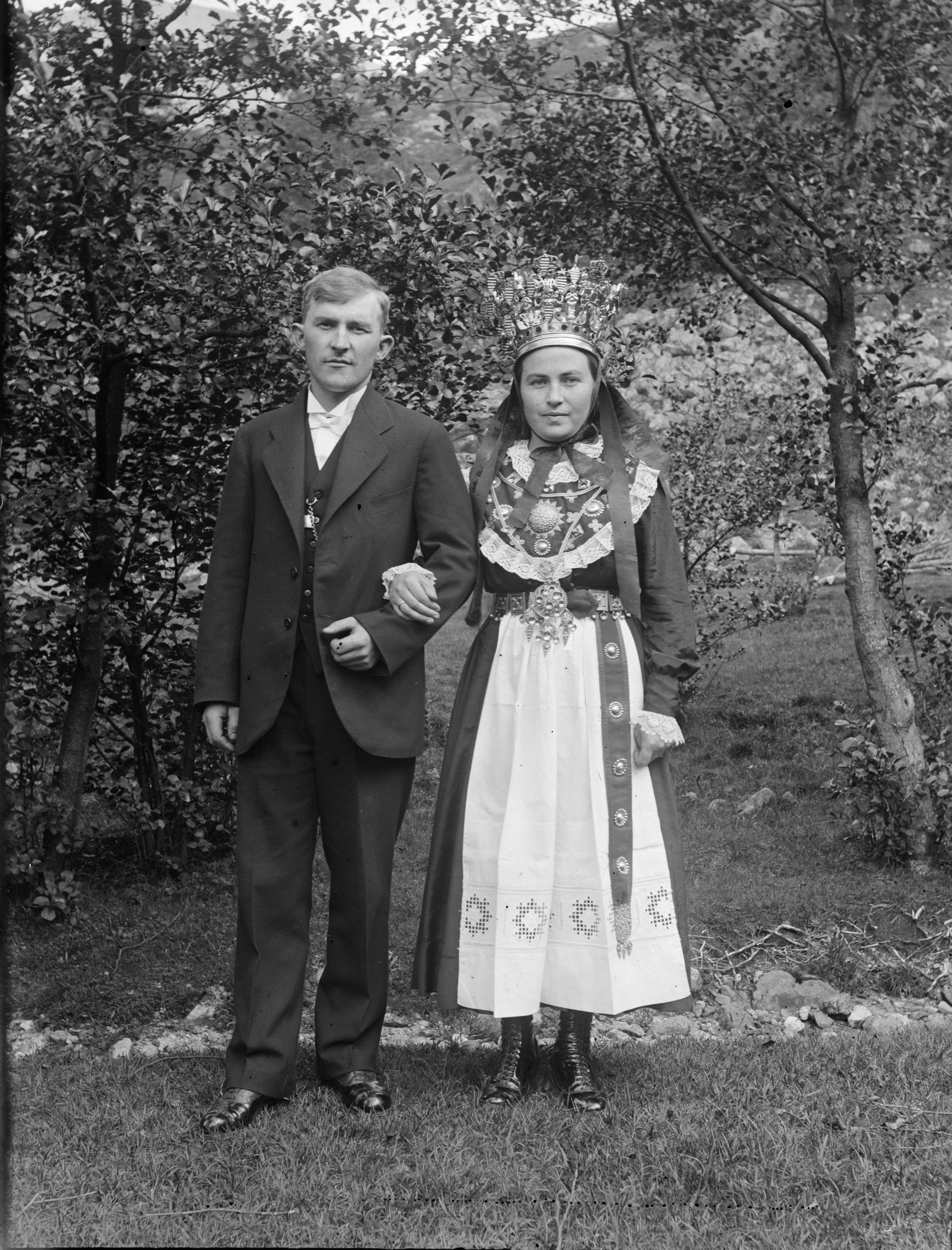 File Paul Stang Bride And Groom Jpg Wikimedia Commons