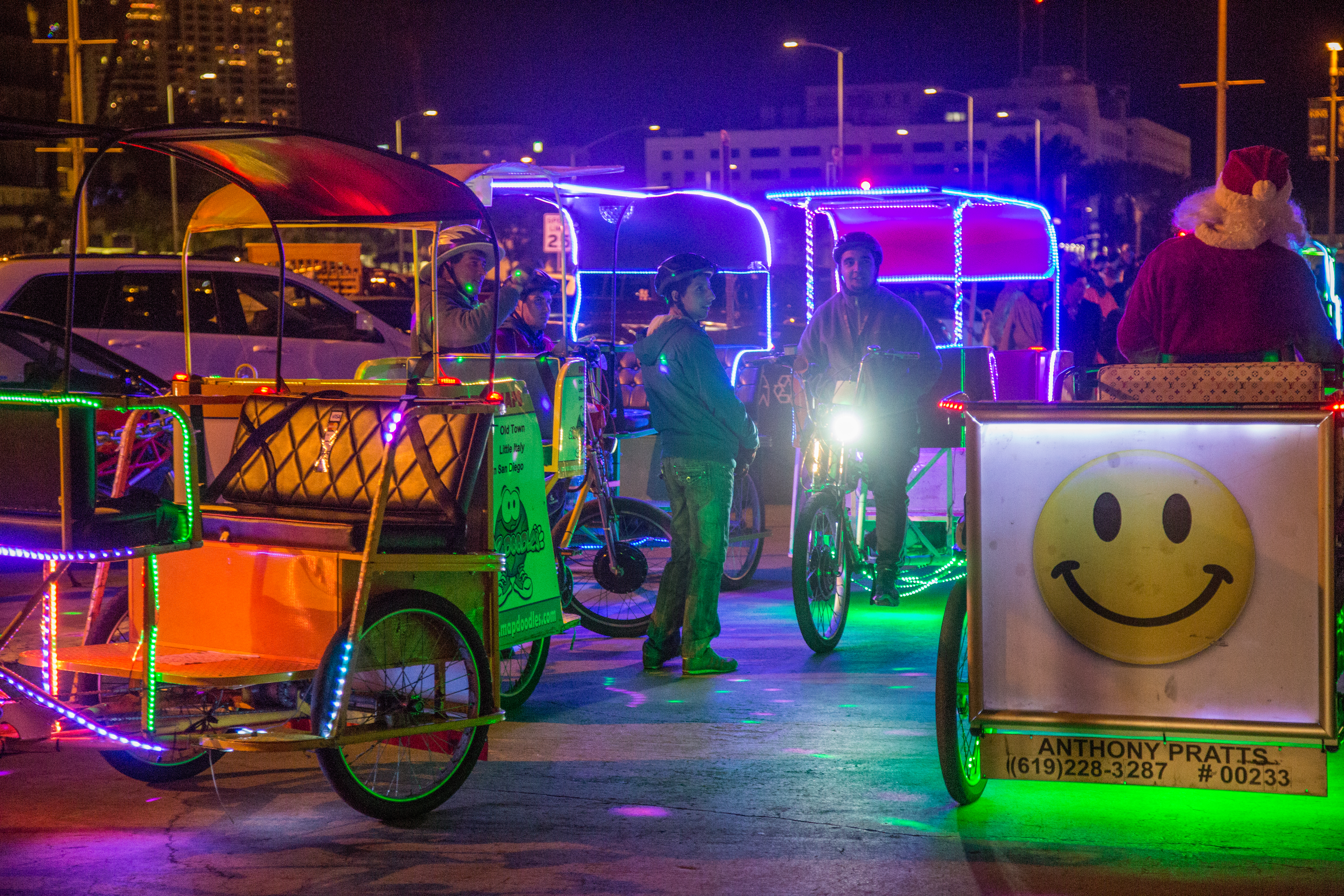 File:Pedicabs At The San Diego Bay Parade Of Lights 2014 (15405628743).