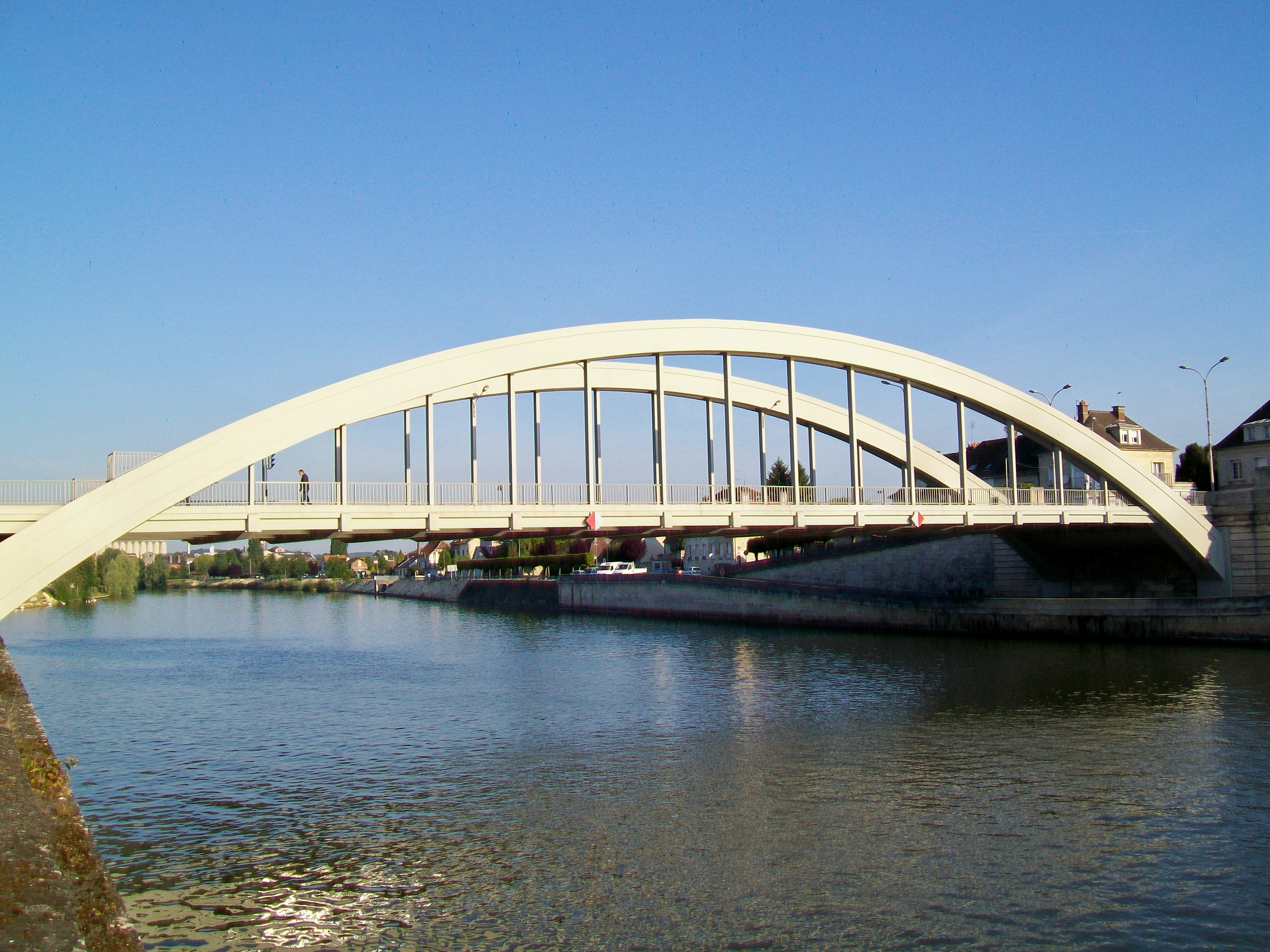 file pont sainte maxence 60 pont sur l 39 oise inaugur le wikimedia commons. Black Bedroom Furniture Sets. Home Design Ideas