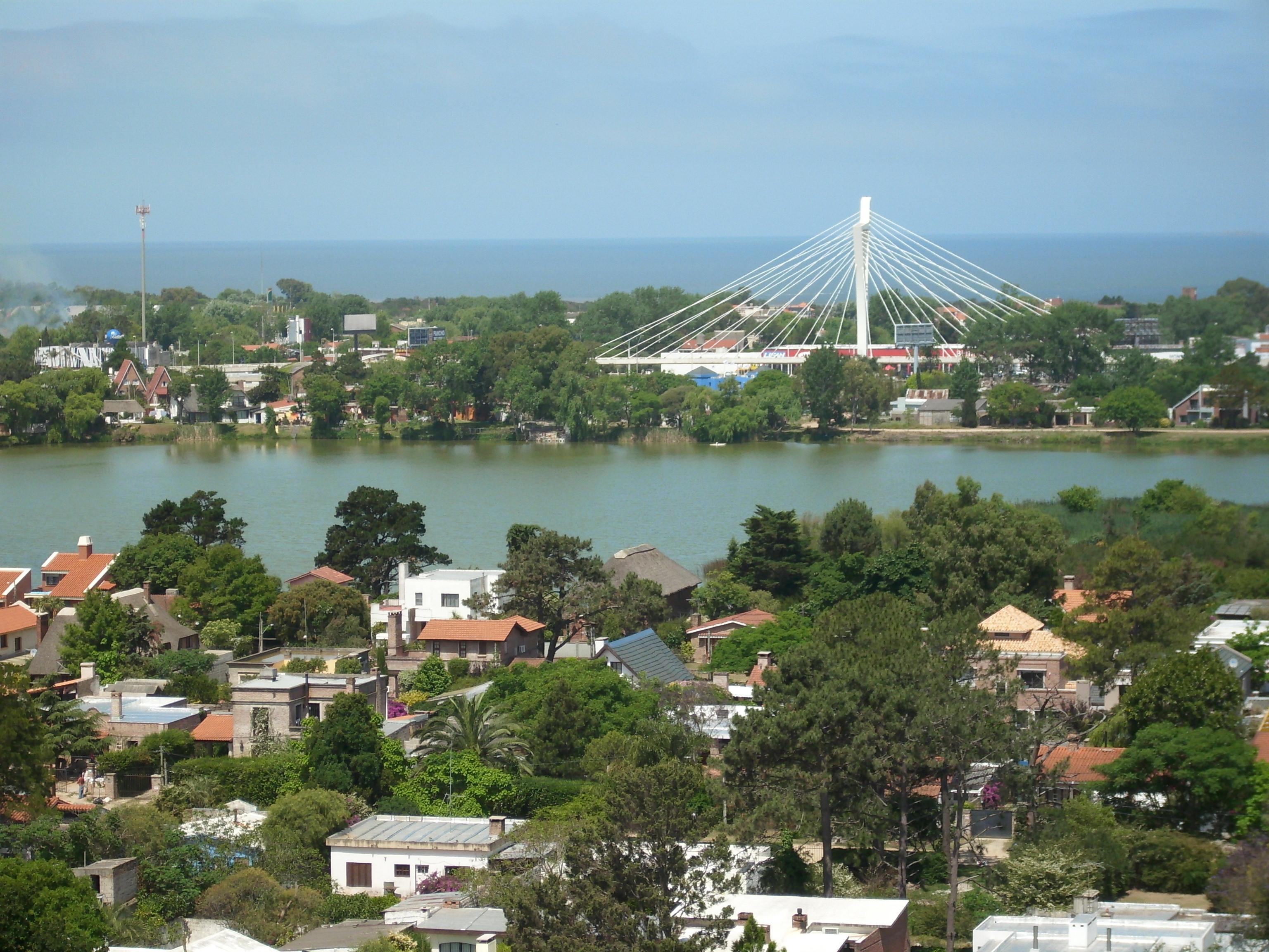 File puente americas - Fotos de canalones ...