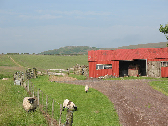 Red barn at Wooler Common - geograph.org.uk - 1420976