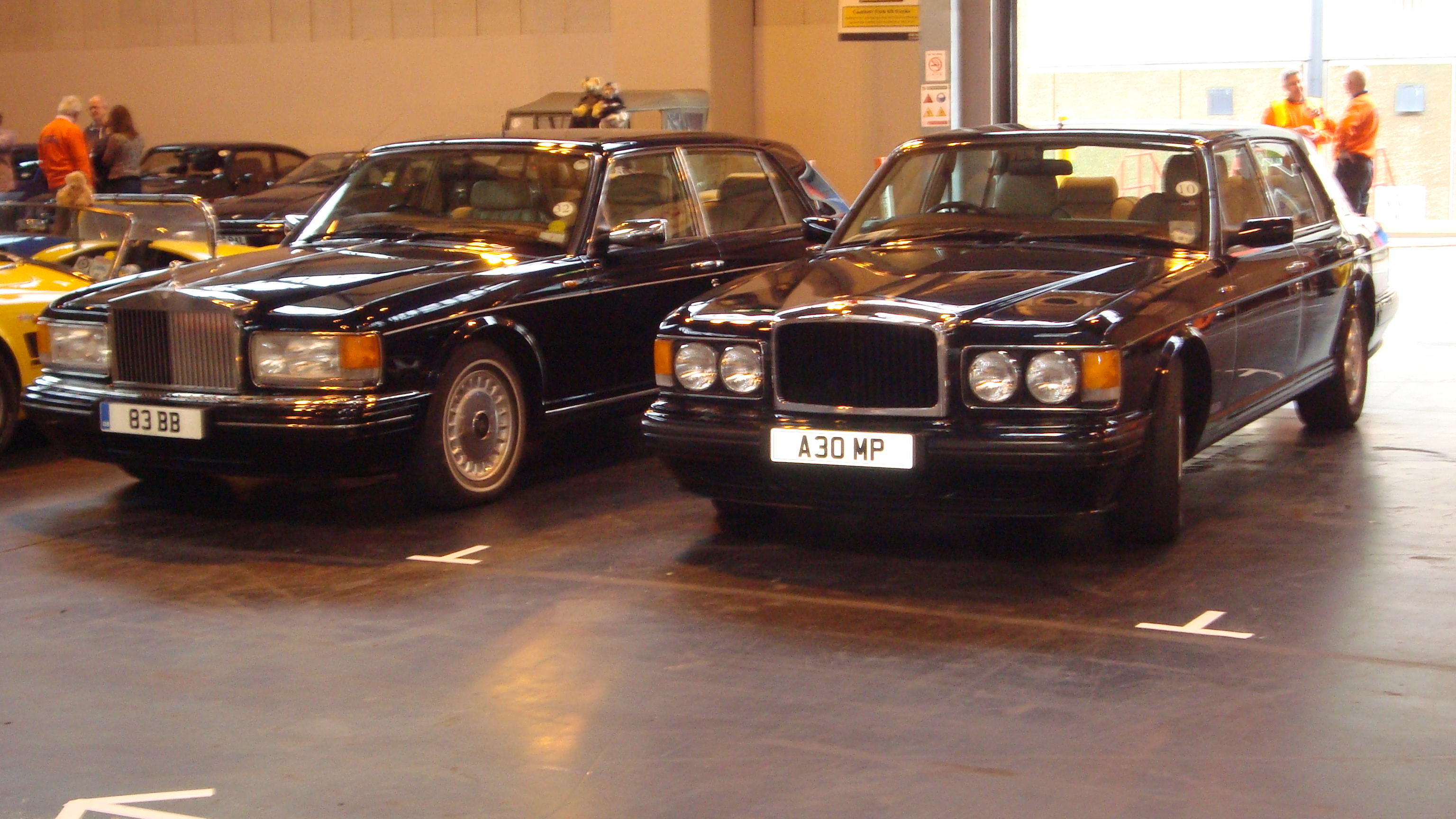 File Rolls Royce Silver Spur And Bentley Turbo R Lwb