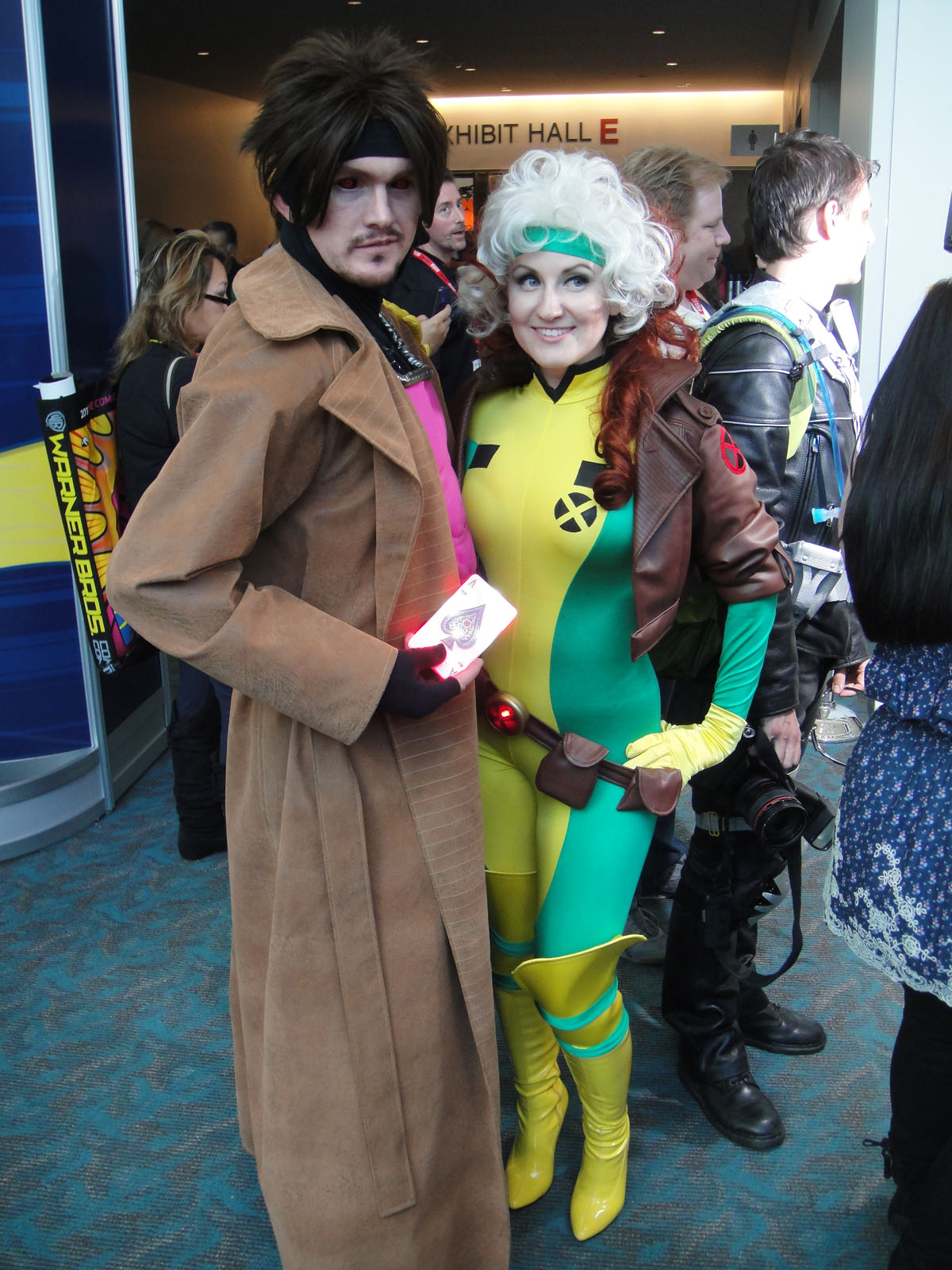 FileSan Diego Comic-Con 2011 - Cosplays of Gambit and Rogue.jpg  sc 1 st  Wikimedia Commons & File:San Diego Comic-Con 2011 - Cosplays of Gambit and Rogue.jpg ...