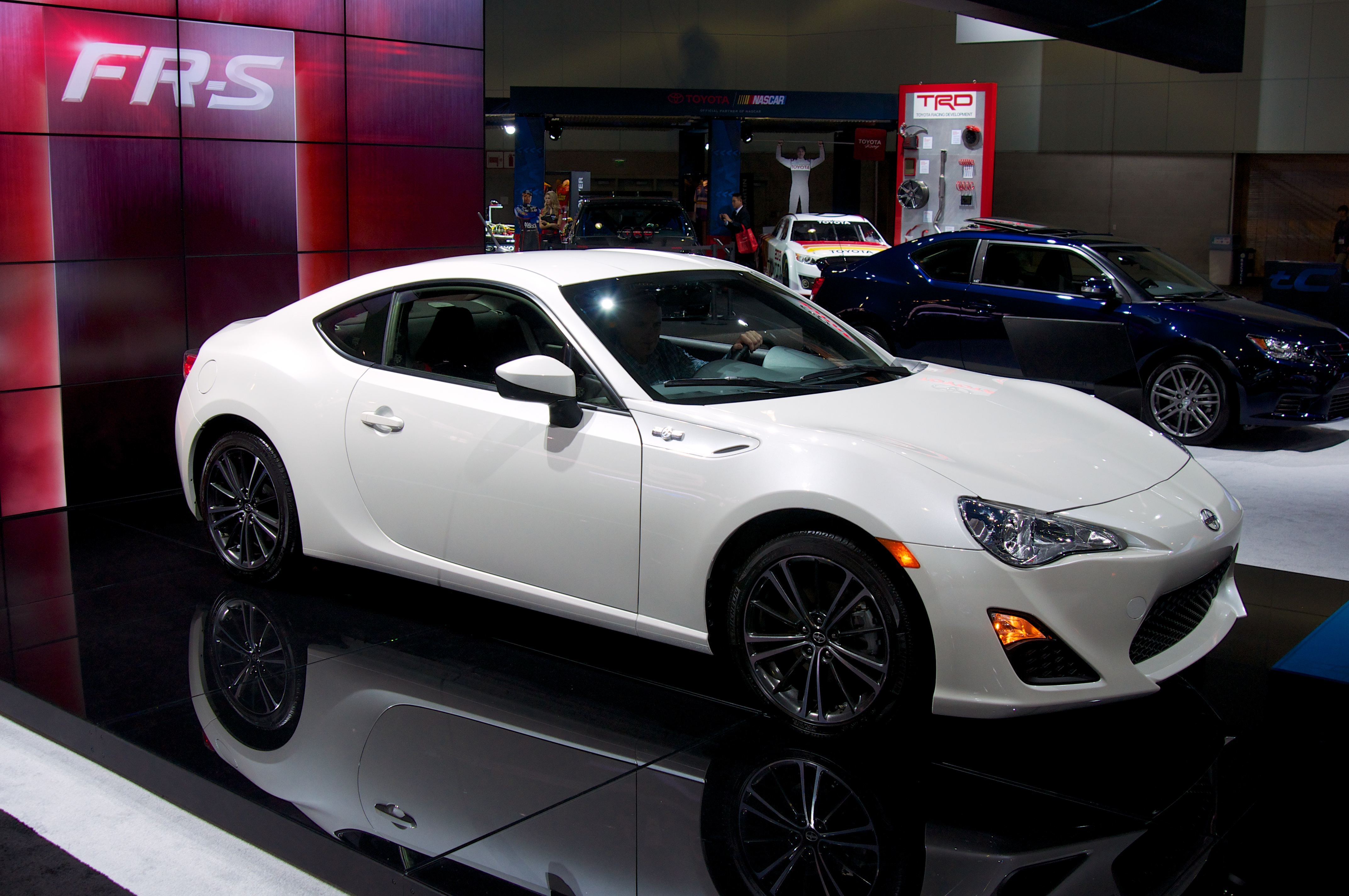 File Scion Fr S 8228624509 Jpg Wikimedia Commons