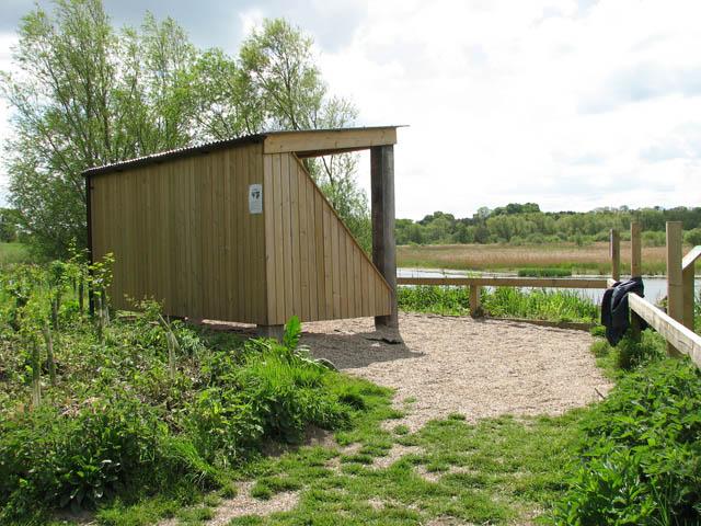 Shelter by Surlingham Church Marsh - geograph.org.uk - 1285241