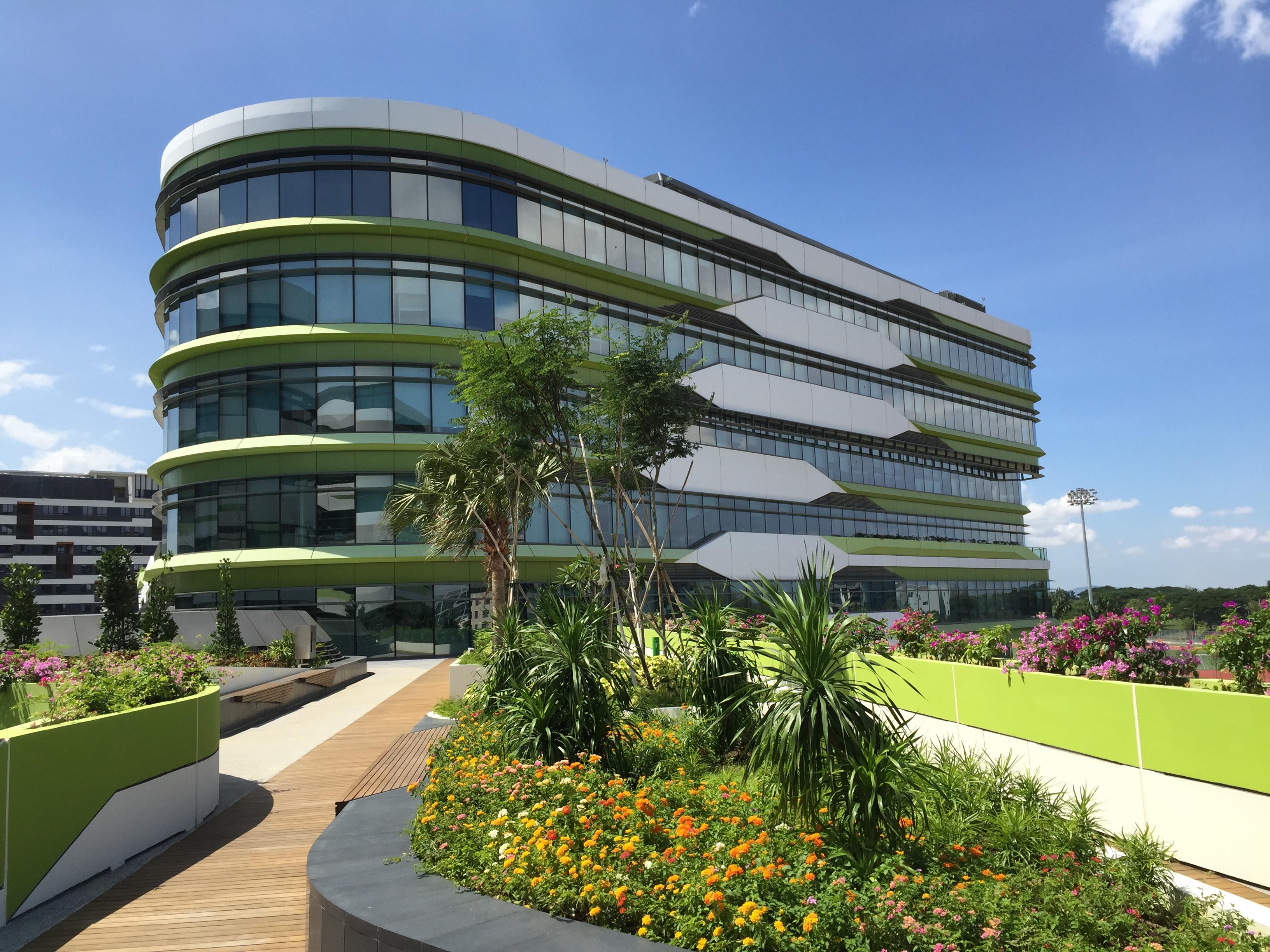 California Polytechnic Building Design