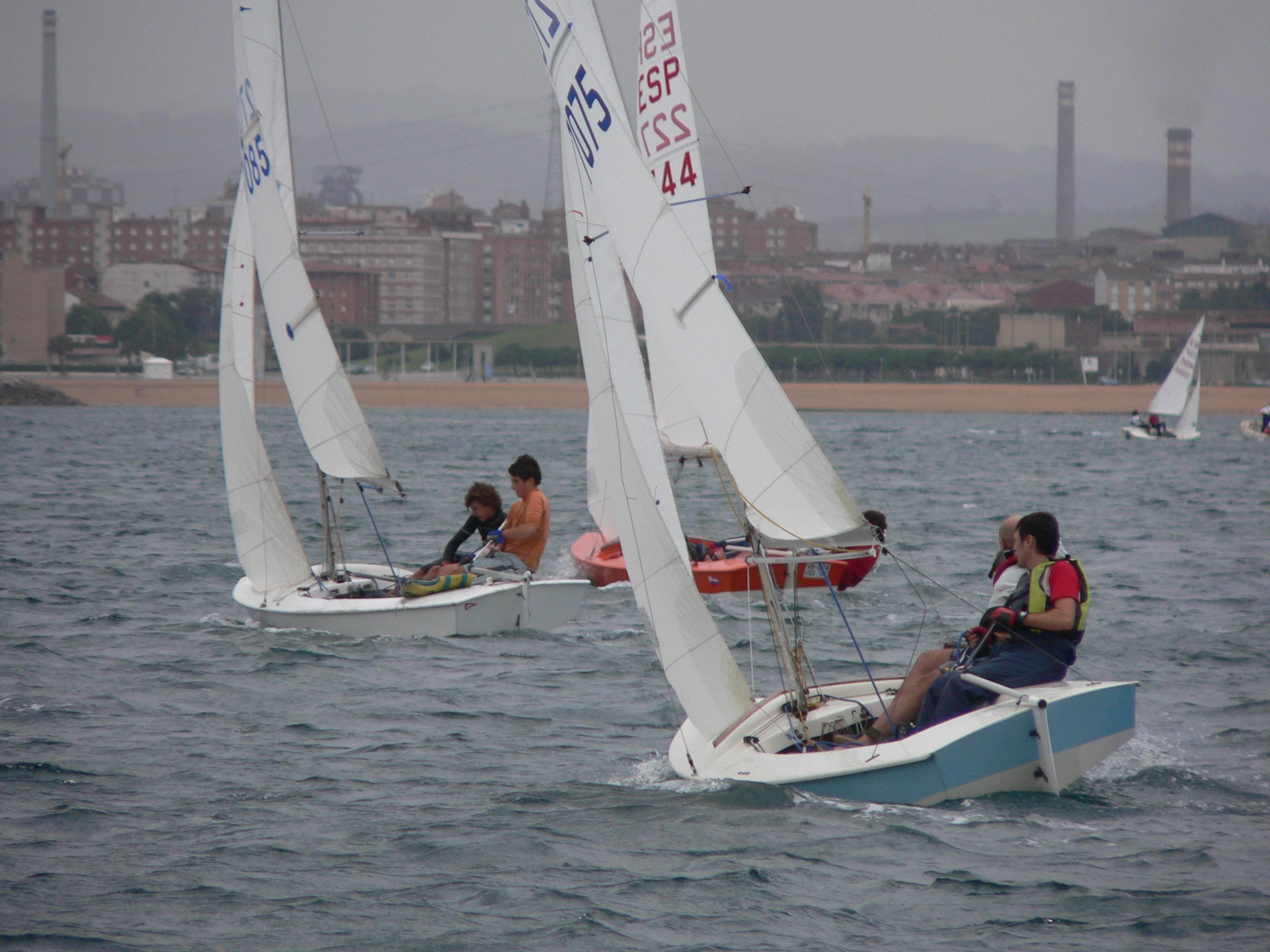 Snipe sailing dinghy plans
