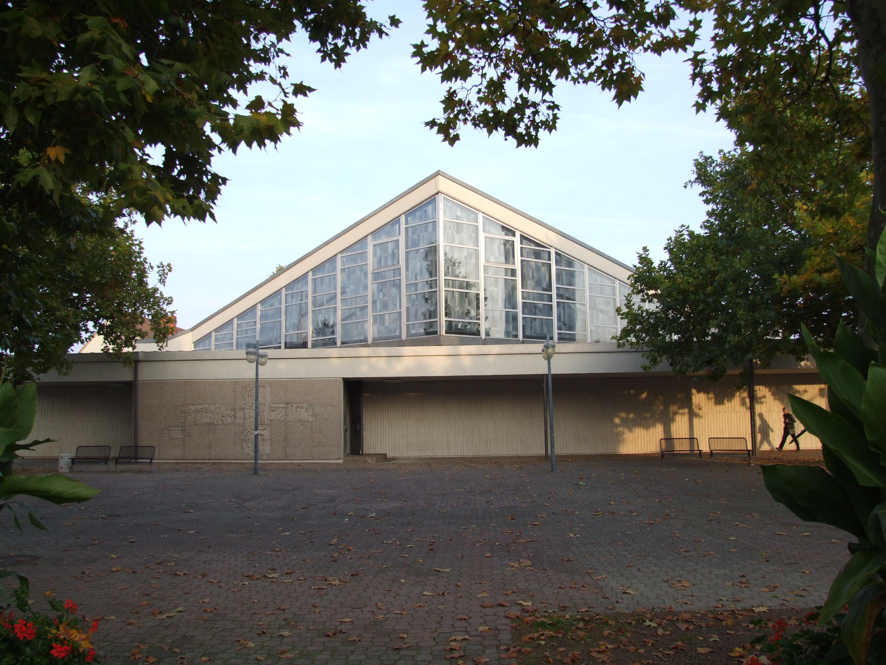 Datei:St. Konrad (SP) Westseite St.JPG – Wikipedia