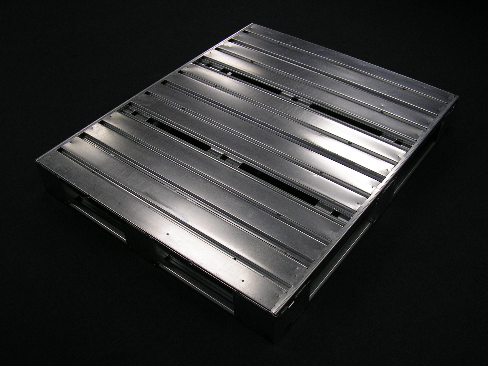 File:Steel Pallet JPG - Wikimedia Commons