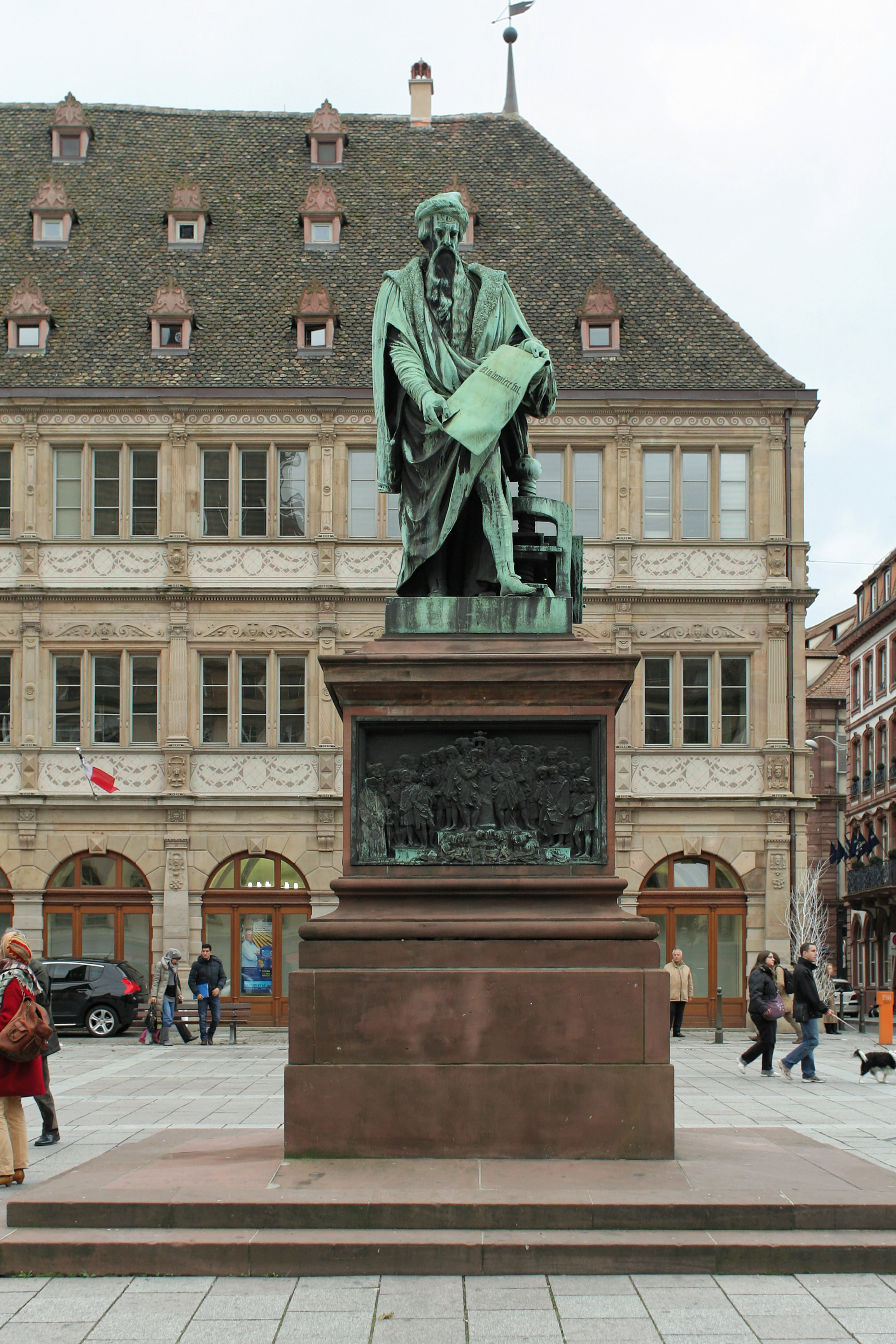 file strasbourg place gutenberg statue de gutenberg david d 39 angers wikimedia commons. Black Bedroom Furniture Sets. Home Design Ideas