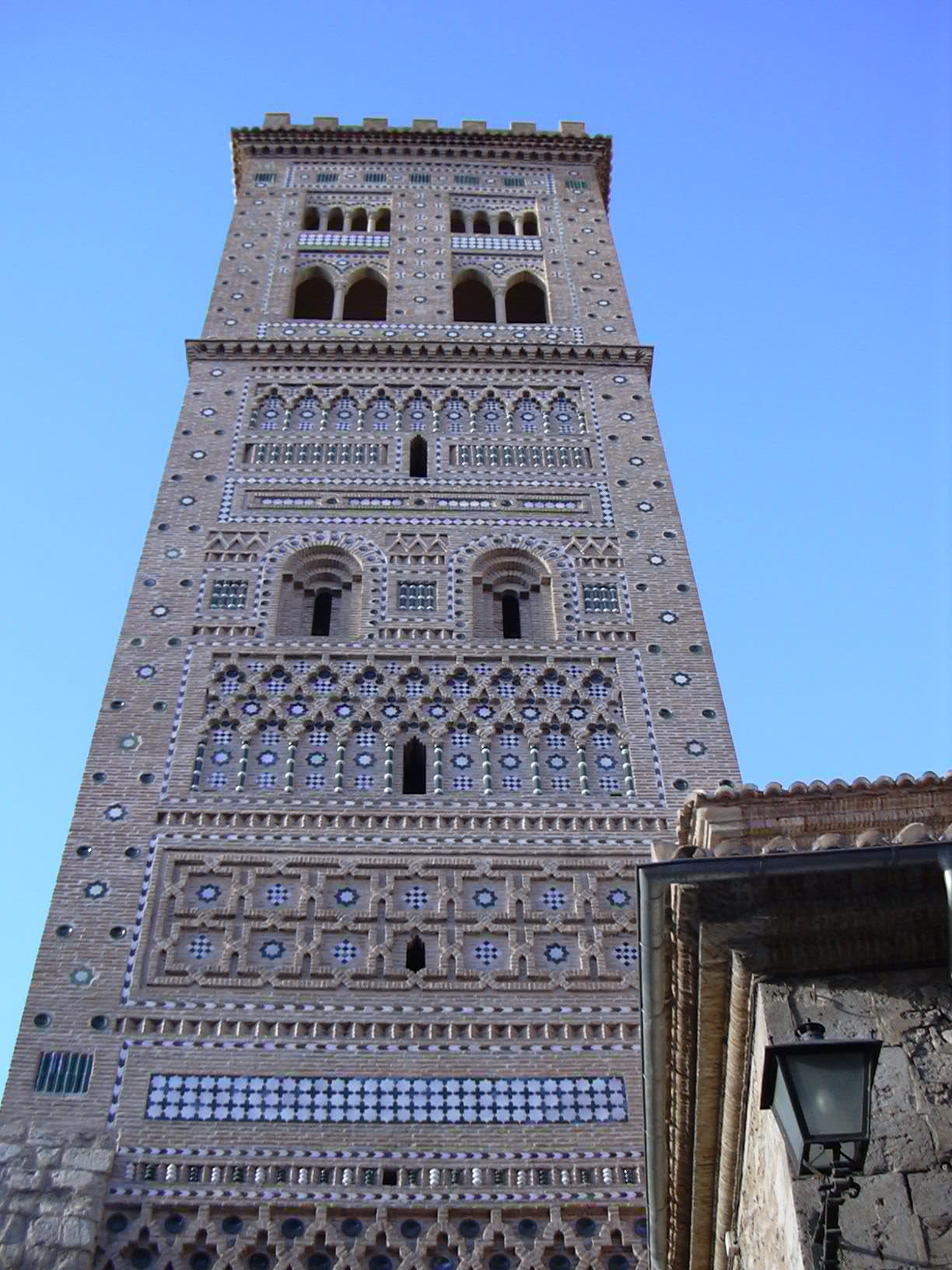 File teruel torre de san mart wikimedia commons for Arquitectura mudejar