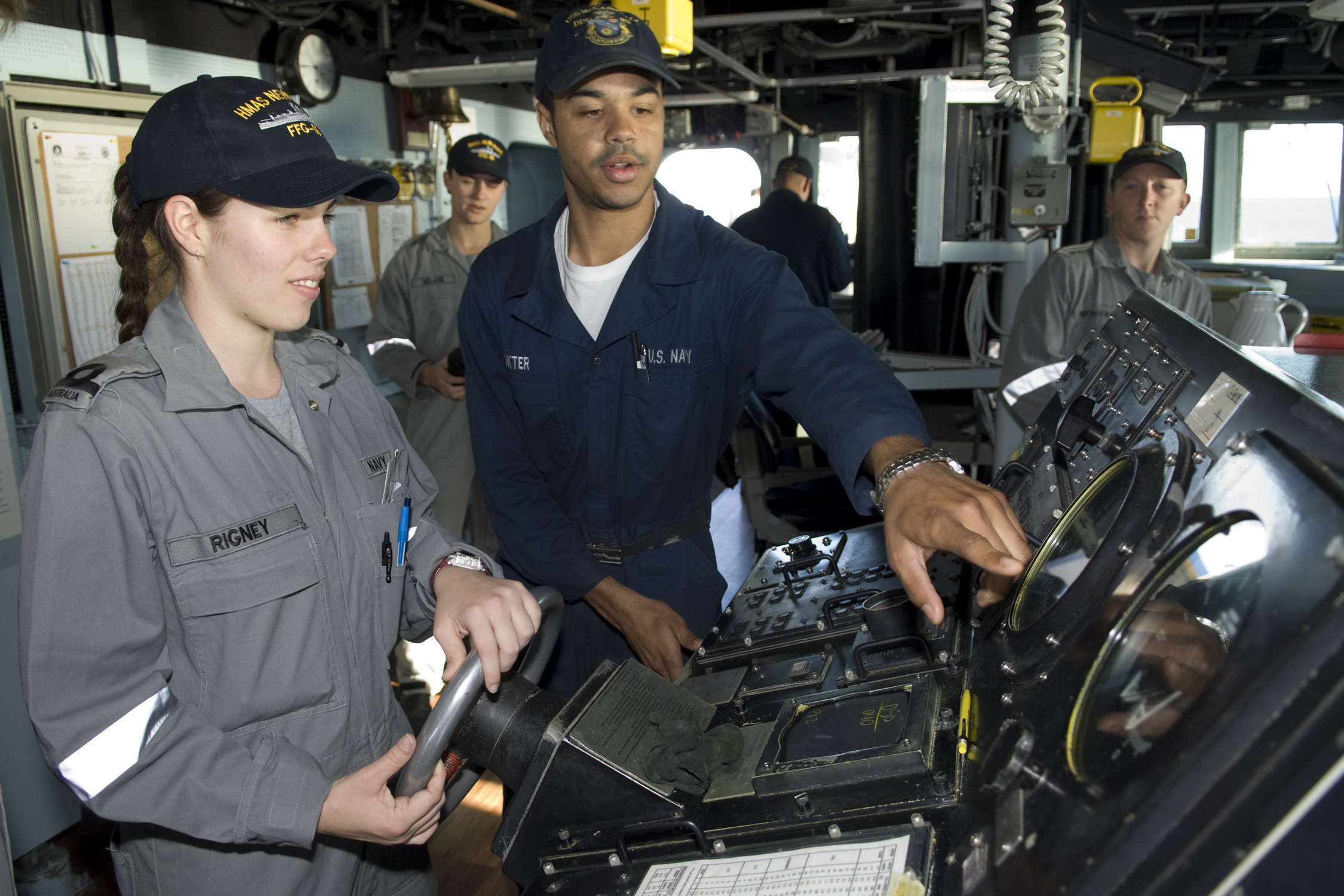 File:US Navy 090720-N-9123L-033 Seaman Michael Dokter, from ...