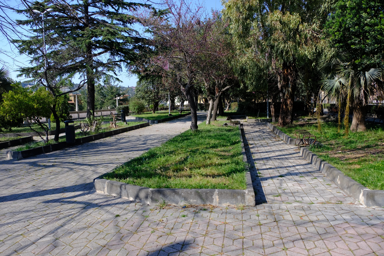 Villa comunale di Sortino.jpg