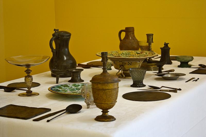 File:WLANL - MicheleLovesArt - Museum Boijmans Van Beuningen - Gedekte tafel.jpg