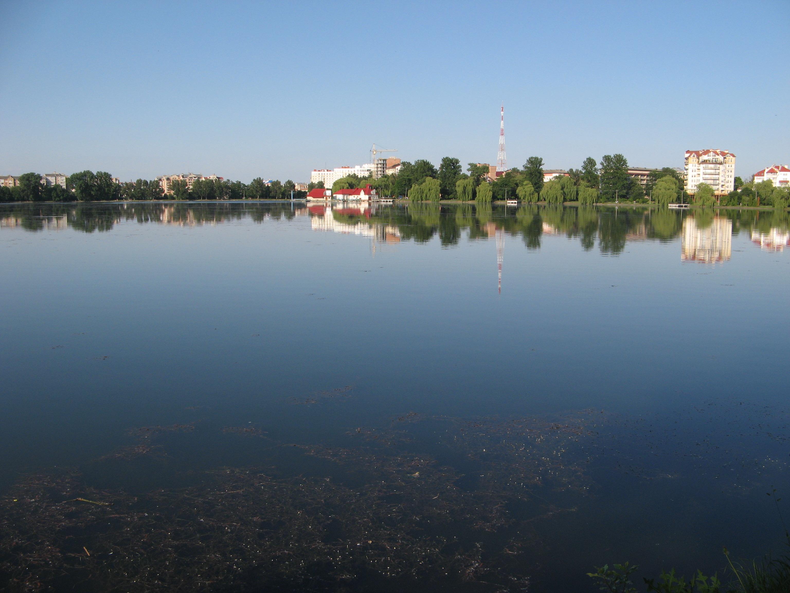Міське озеро (Івано-Франківськ) — Вікіпедія