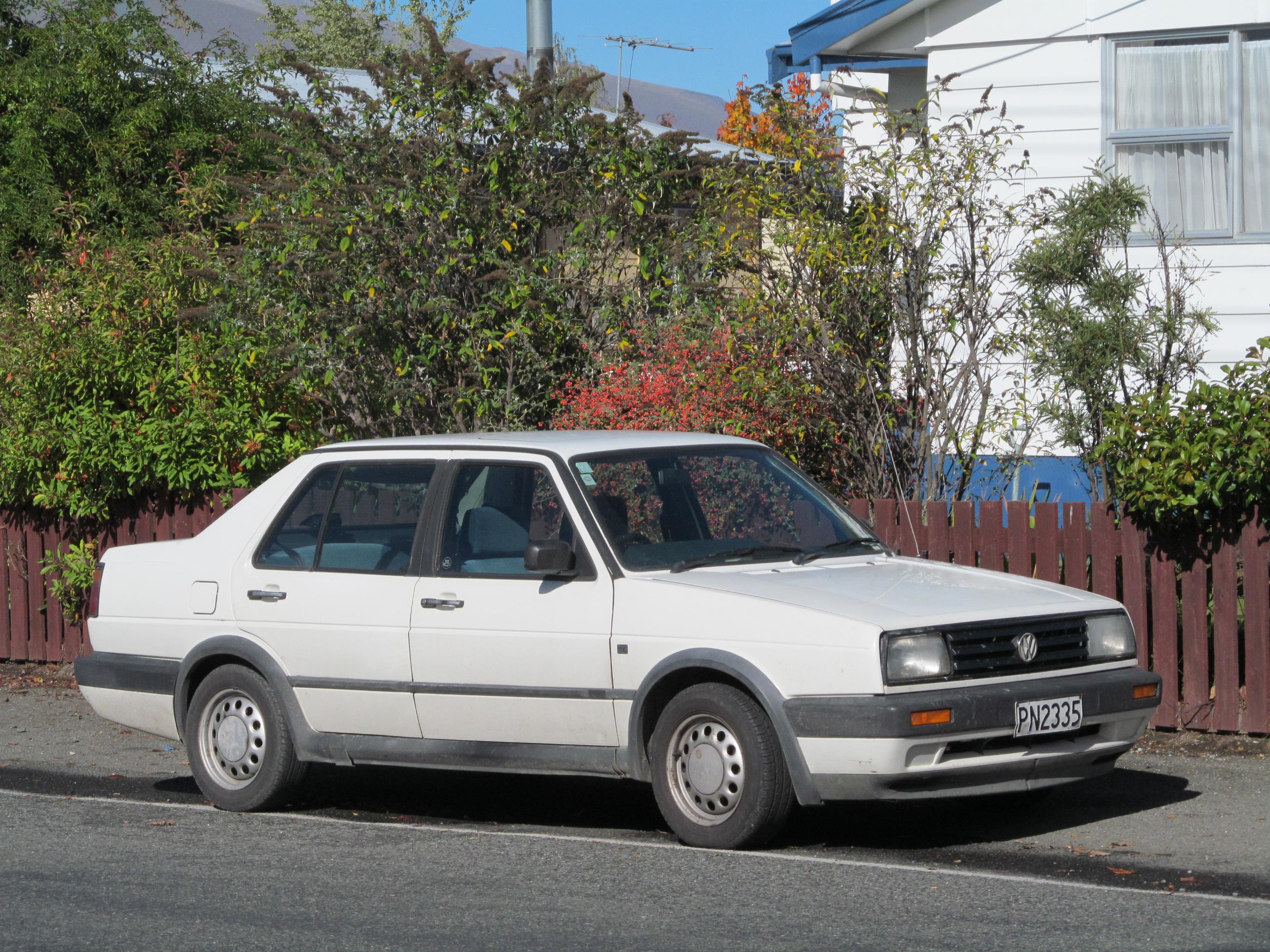 File 1990 Volkswagen Jetta 1 8 Gl Saloon 14056866076 Jpg