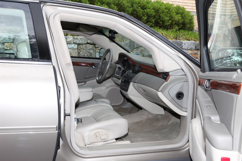 File:2004 Cadillac Deville Armored Protection series (4).jpg ...