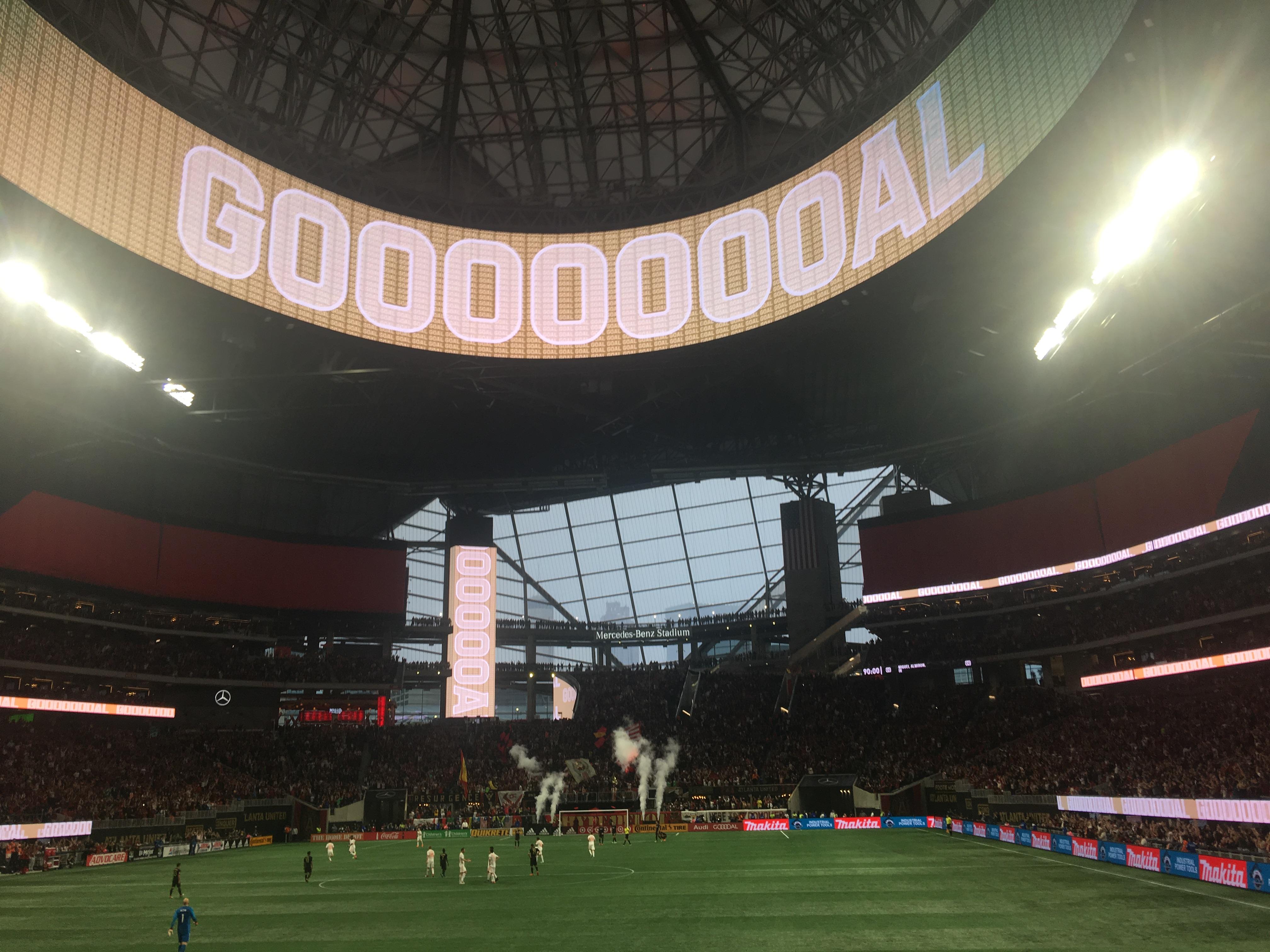 File 2018 04 07 Atlanta United Vs Lafc Jpg Wikimedia Commons
