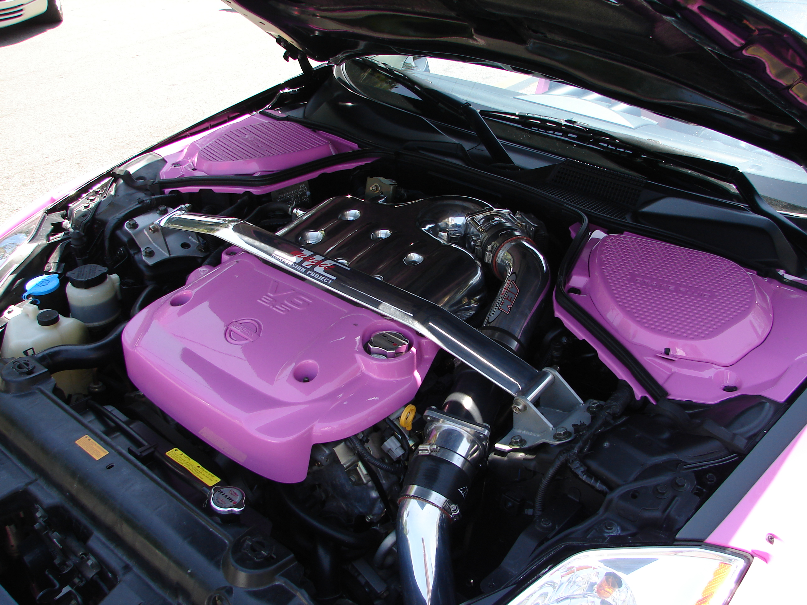 Nissan Los Angeles >> File:350Z very pink - engine.jpg - Wikimedia Commons