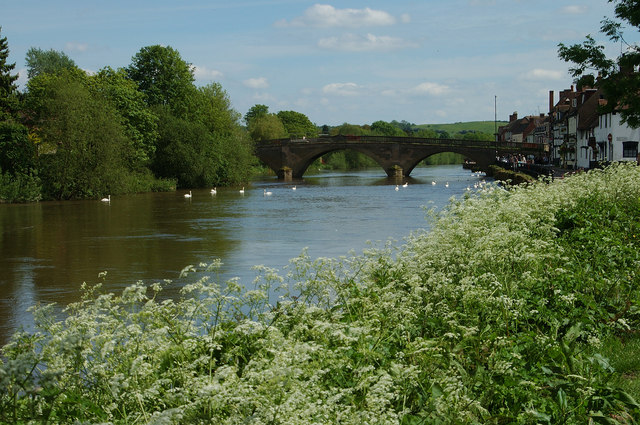 Bewdley Bridge and River Severn looking south - geograph.org.uk - 689882